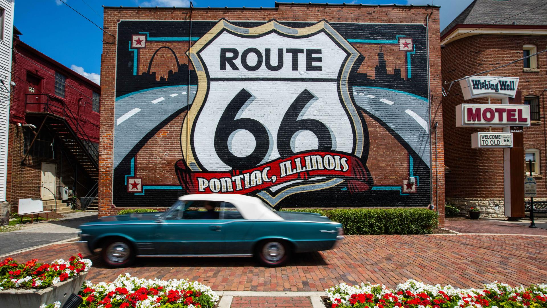 Route 66 in Illnois on a great American road trip