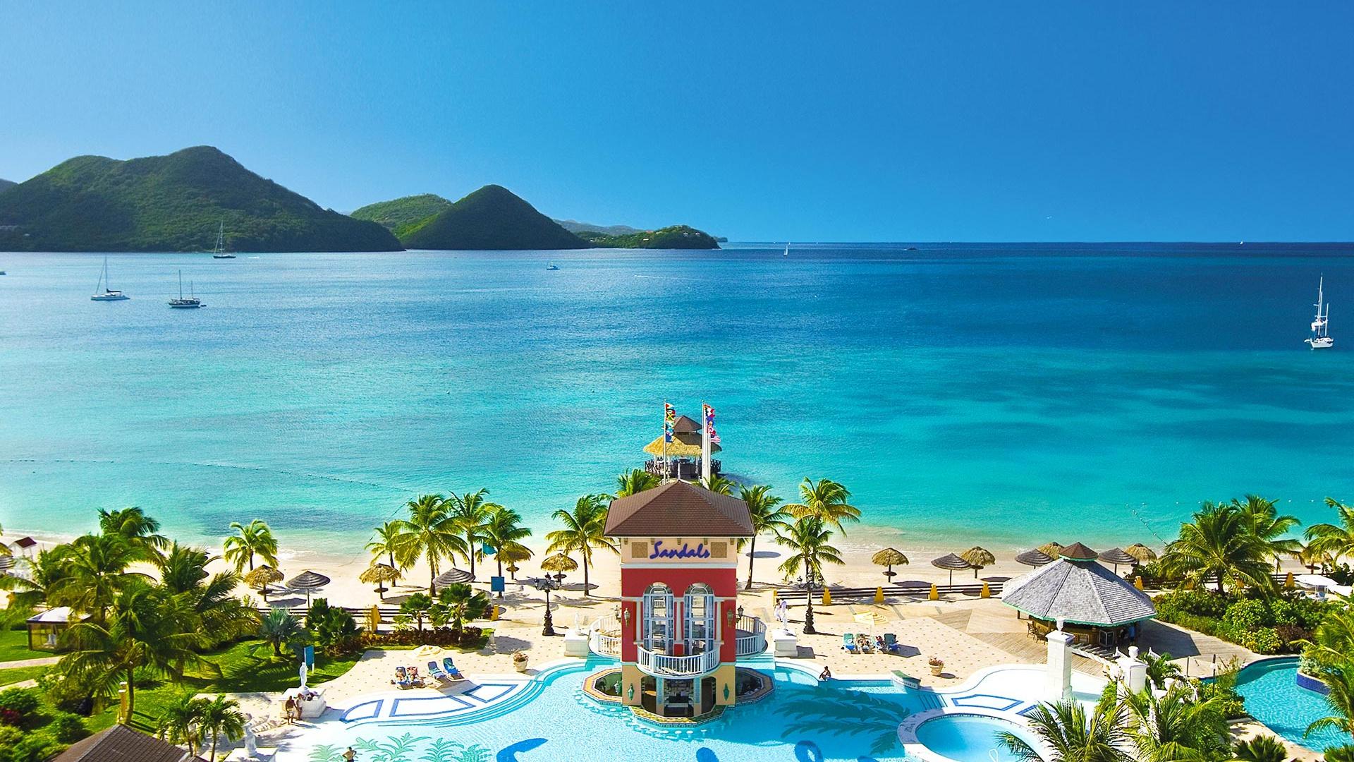 Sandals Grande Saint Lucian pool