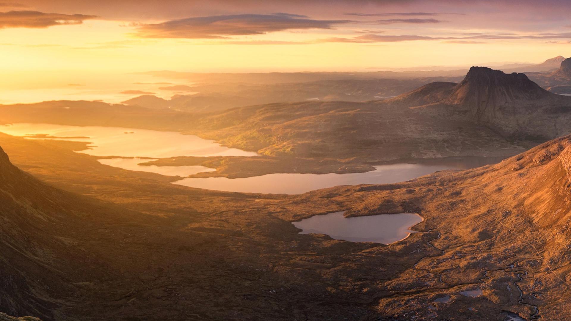 Sgurr an Fhidleir, Northwest of Ullapool, Scotland. Photograph by Sebastian Kraus