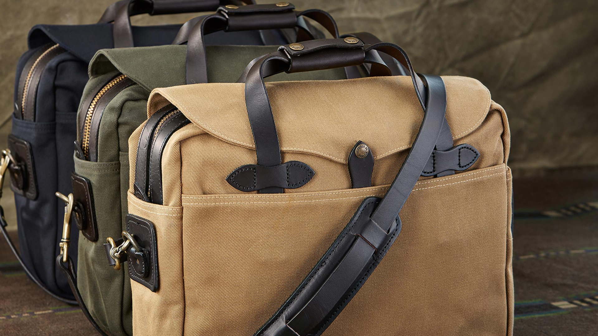Filson original briefcase in mixed colour varieties