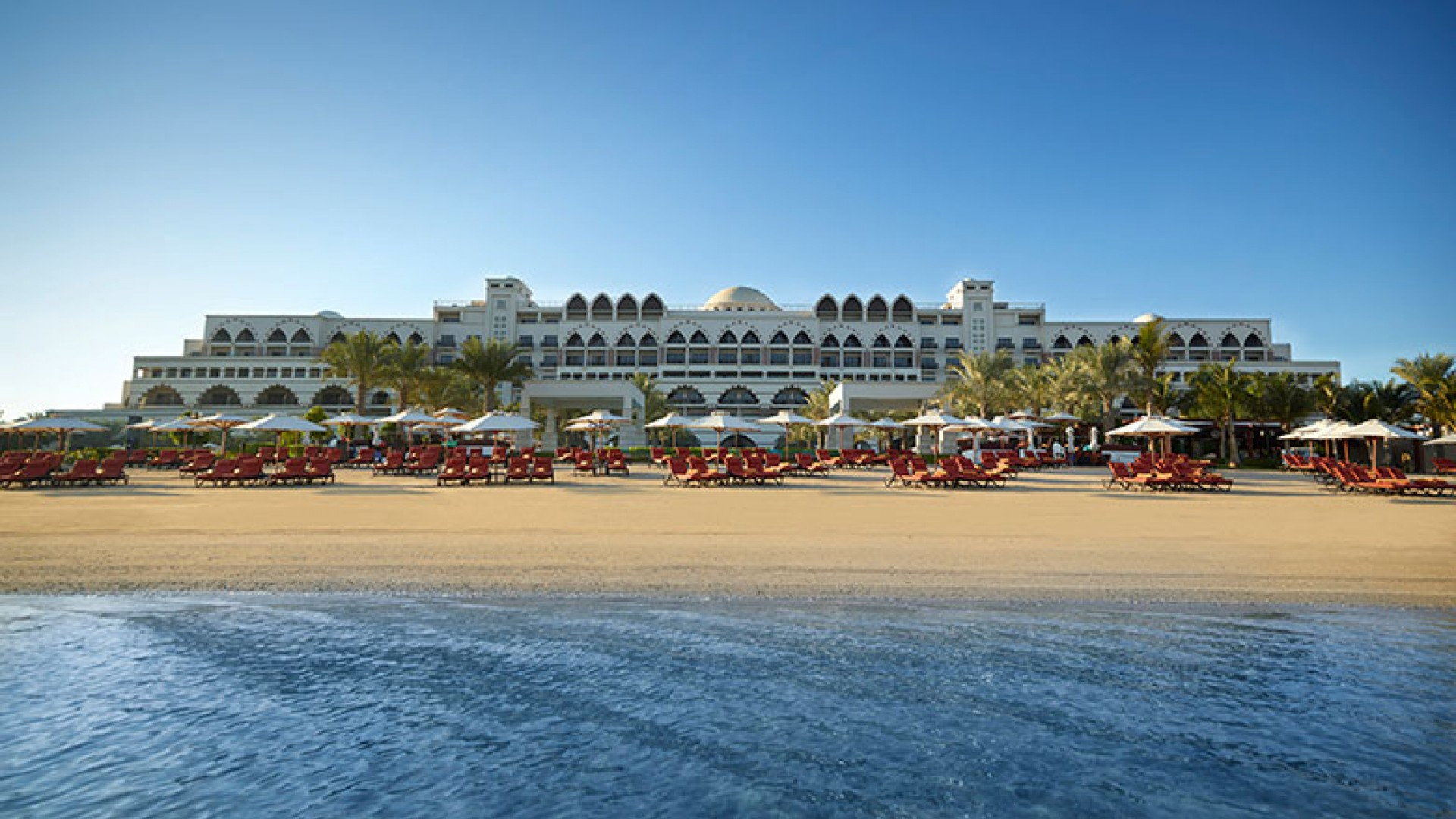 Jumeirah-Zabeel-Saray---Hotel-Exterior---Beach-View-Day