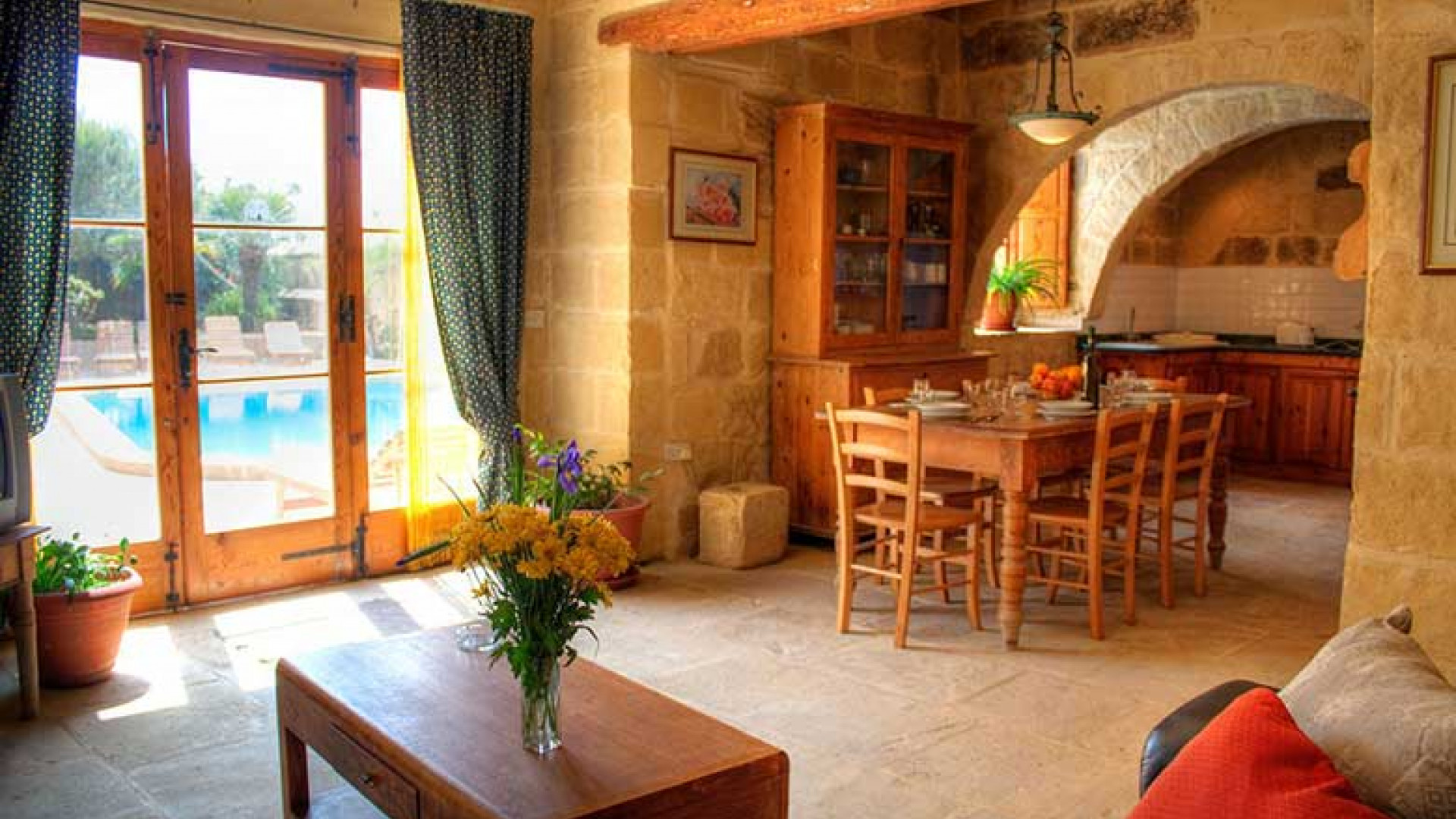 Farmhouses-in-Gozo
