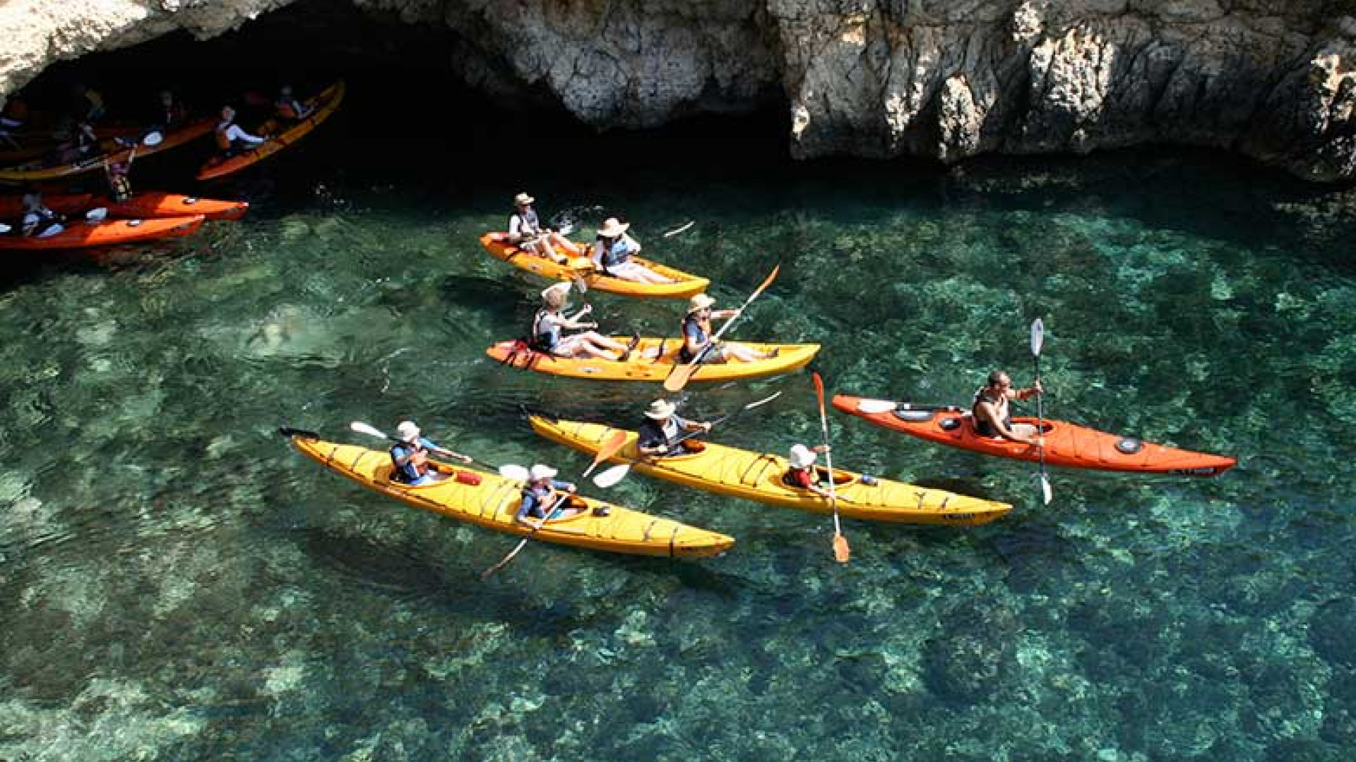 Kayaking-in-Gozo