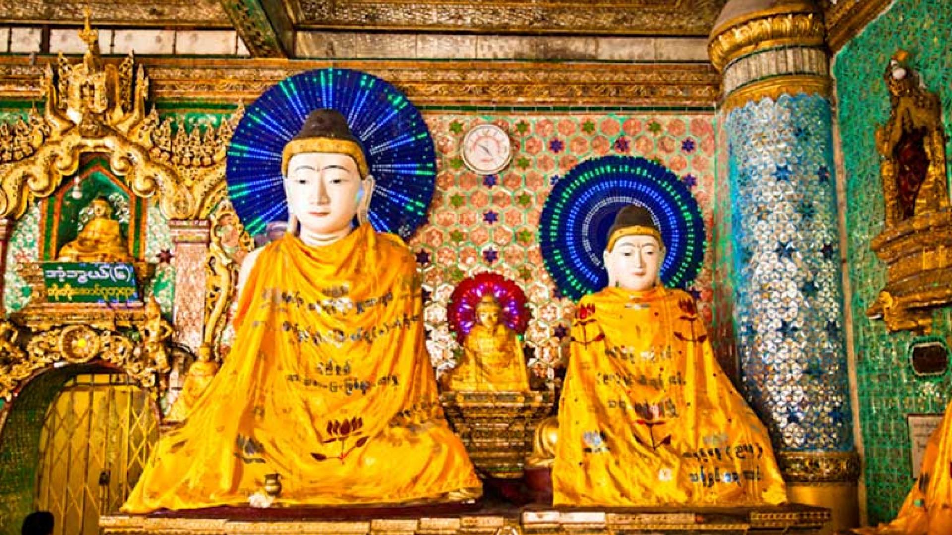Myanmar_bright-colourful-buddhas