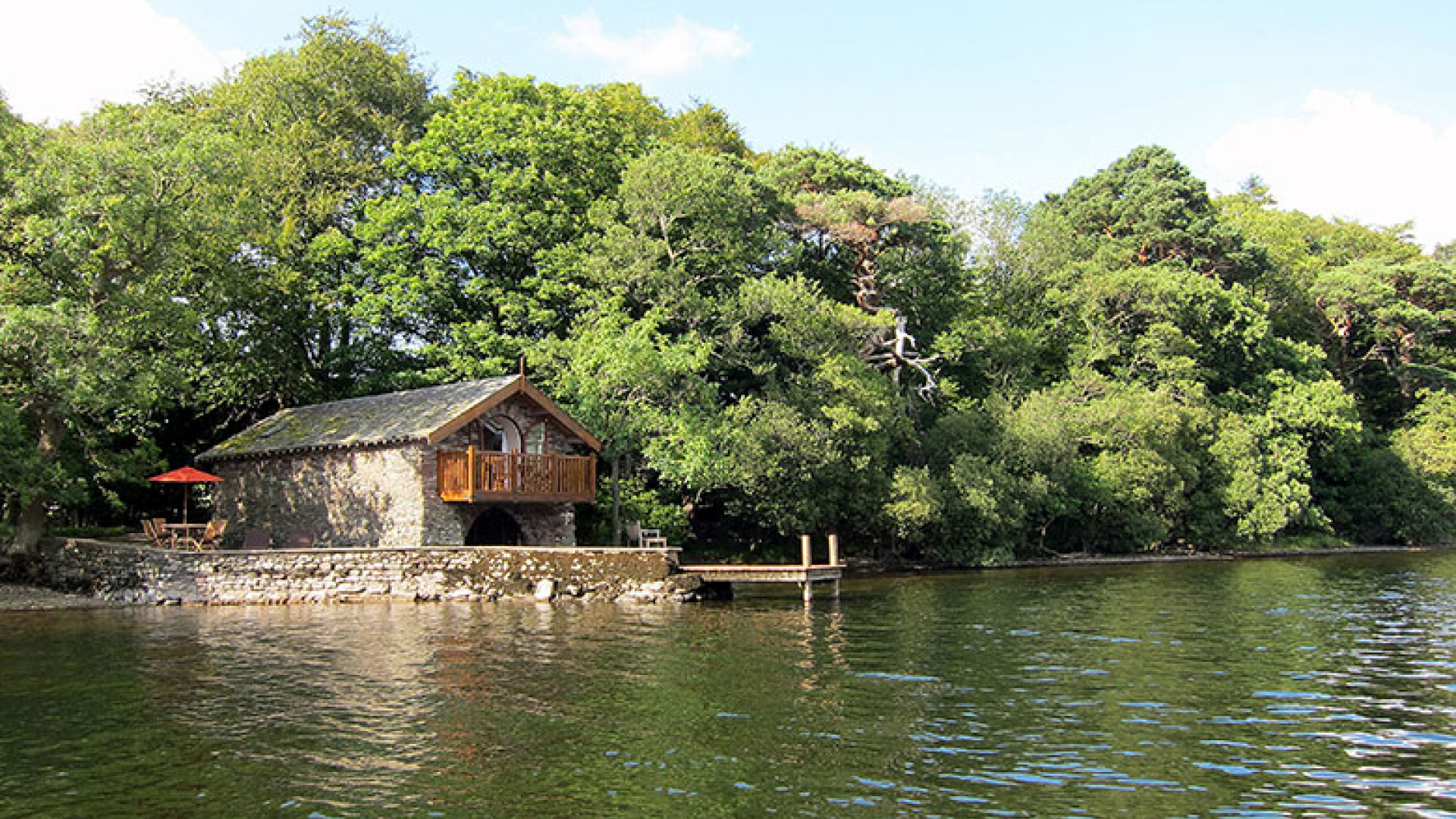 UK125_The_Boathouse_at_Knotts_End_86457_6MB_201211