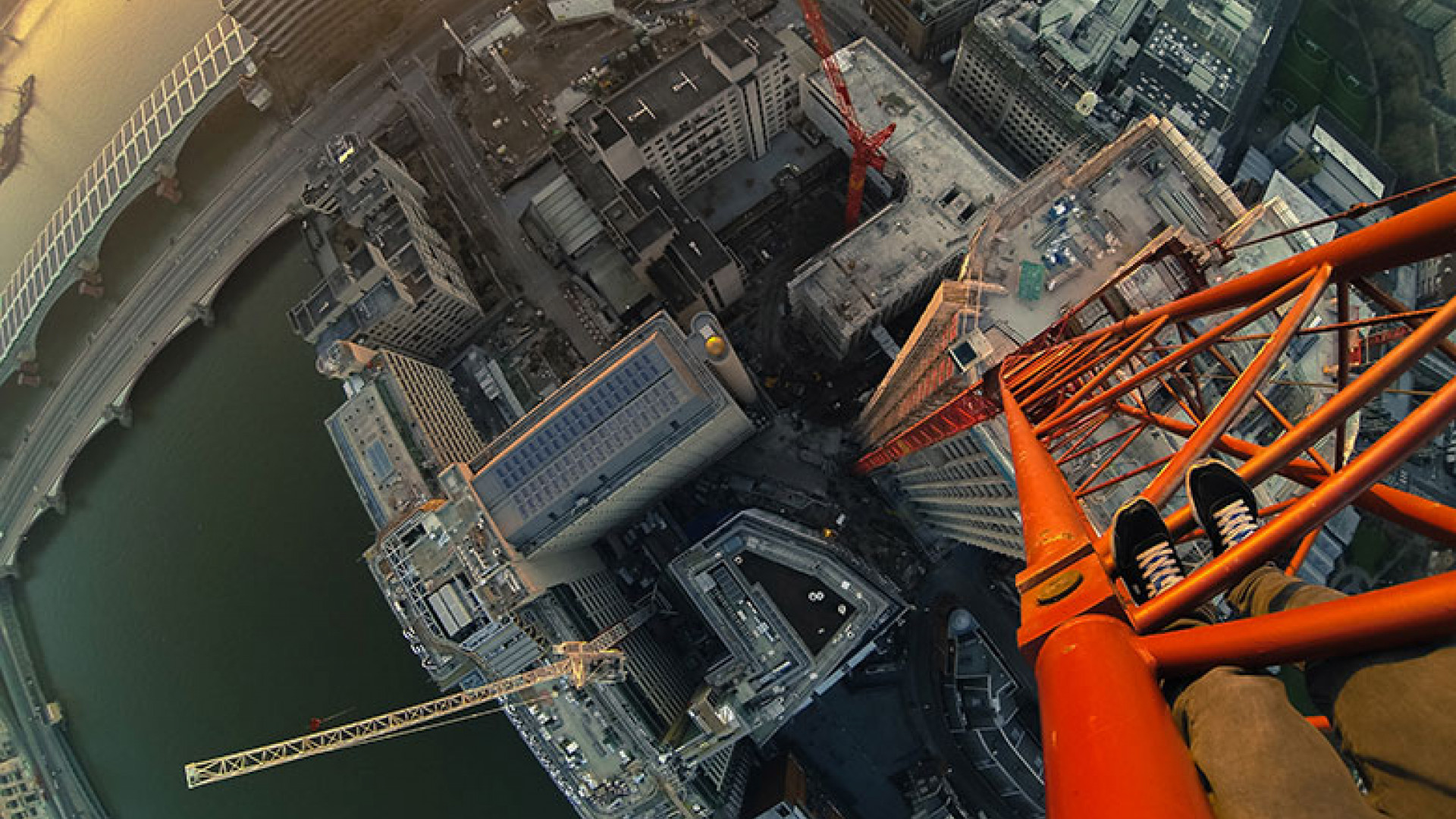 Southbank-Crane-Climb1OL