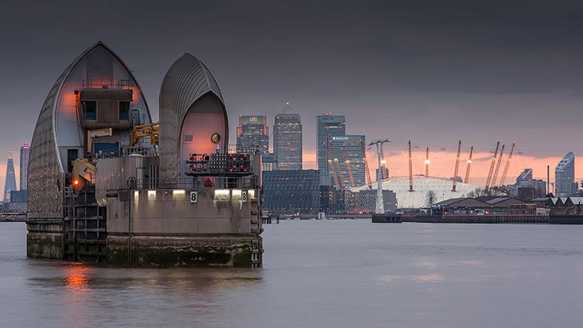 City-Twilight,-London-by-Charlotte-Gilliatt,-(Take-a-view,-2013)