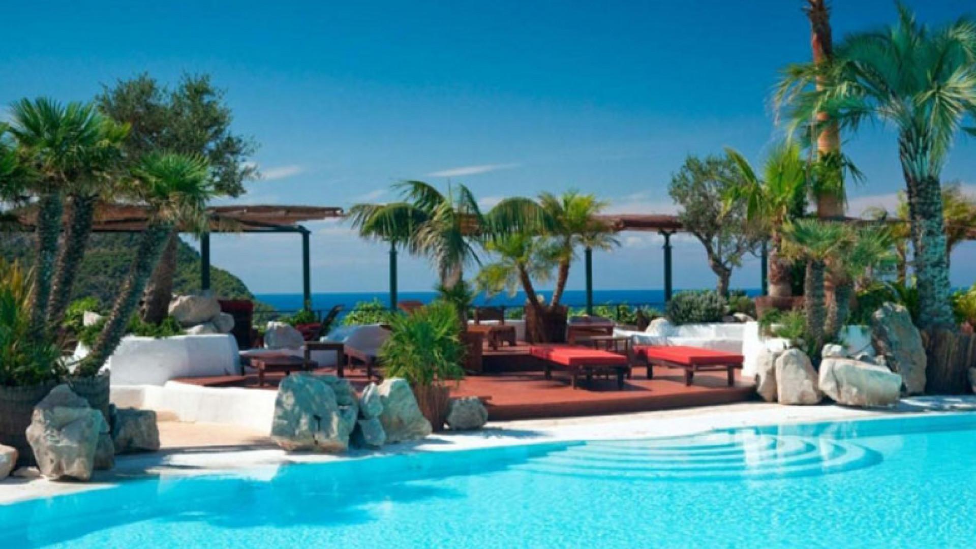 Main-Pool-at-Hacienda-Na-Xamena