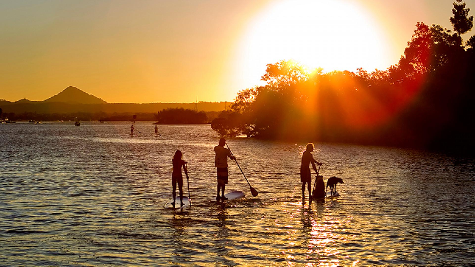 Noosa-Paddle-Boarding