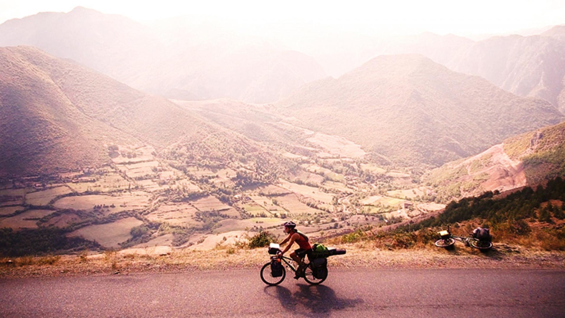 albania-valley