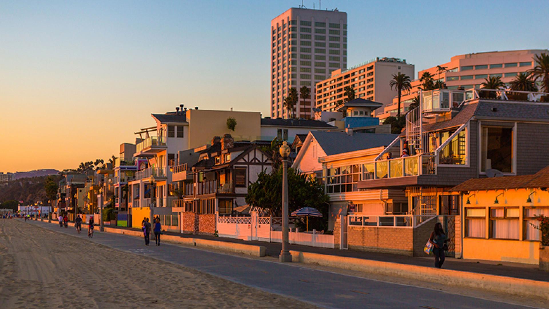 Beach-and-Esplanade