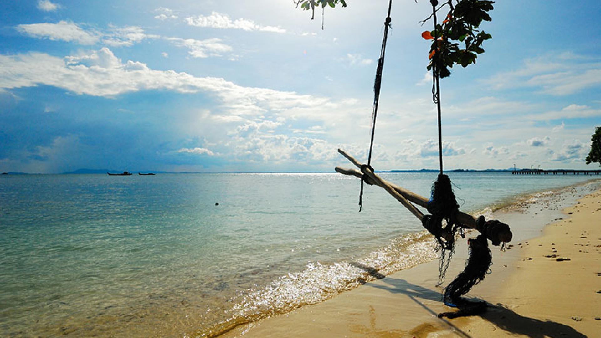 Nikoi-Island----courtesy-of-Vassilly-Zeitsev