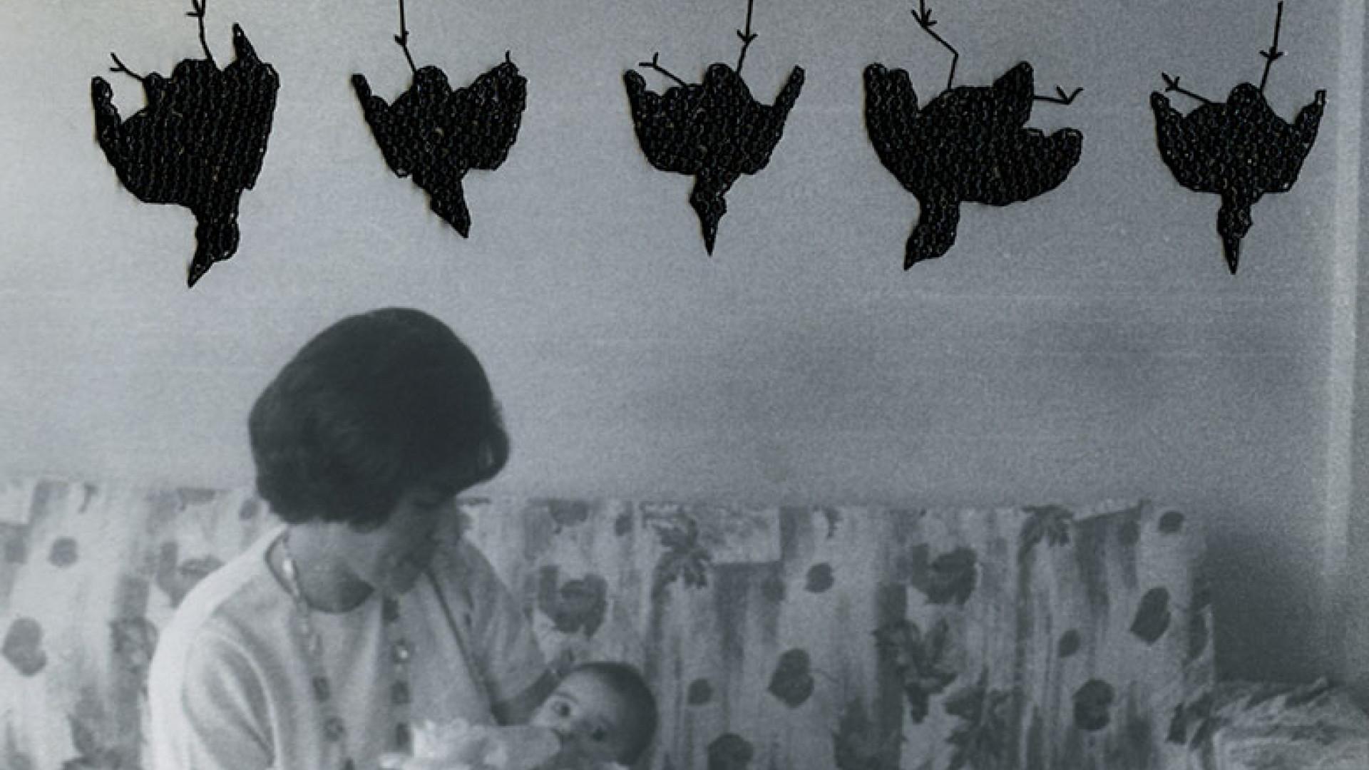 CAROLLE-BENITAH_Oiseaux-pendus_hanged-birds
