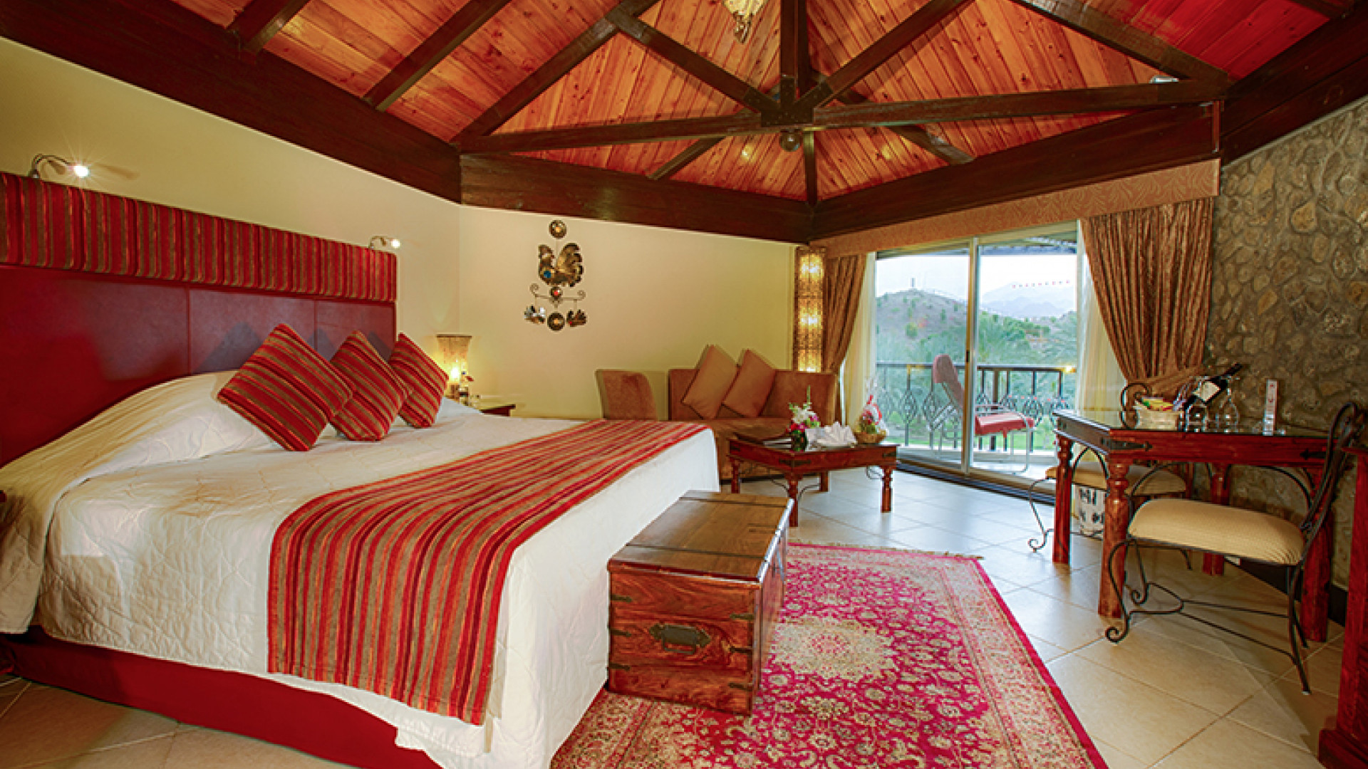 Hatta Fort Hotel - Deluxe Chalet-Style Room (2)