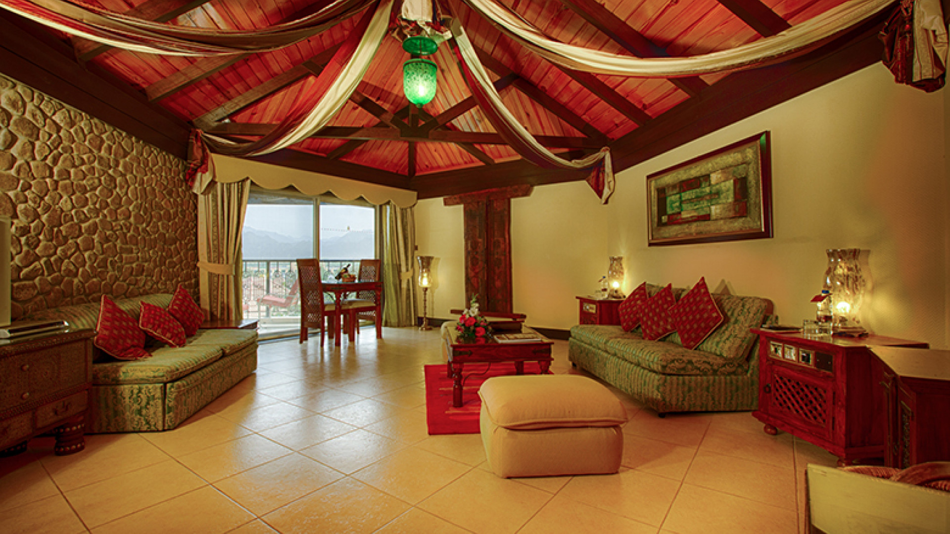 Hatta Fort Hotel - Deluxe Chalet-Style Suite