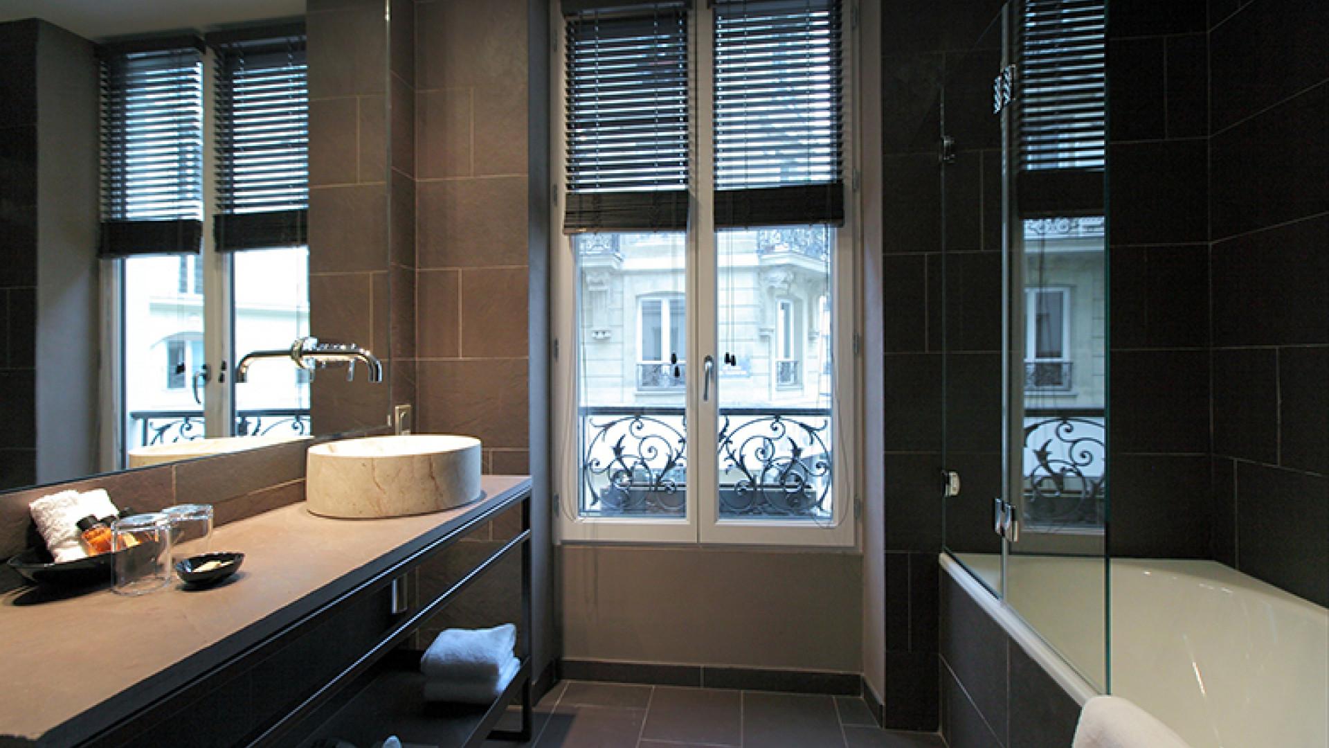 Hidden-Hotel-Bathroom-1-