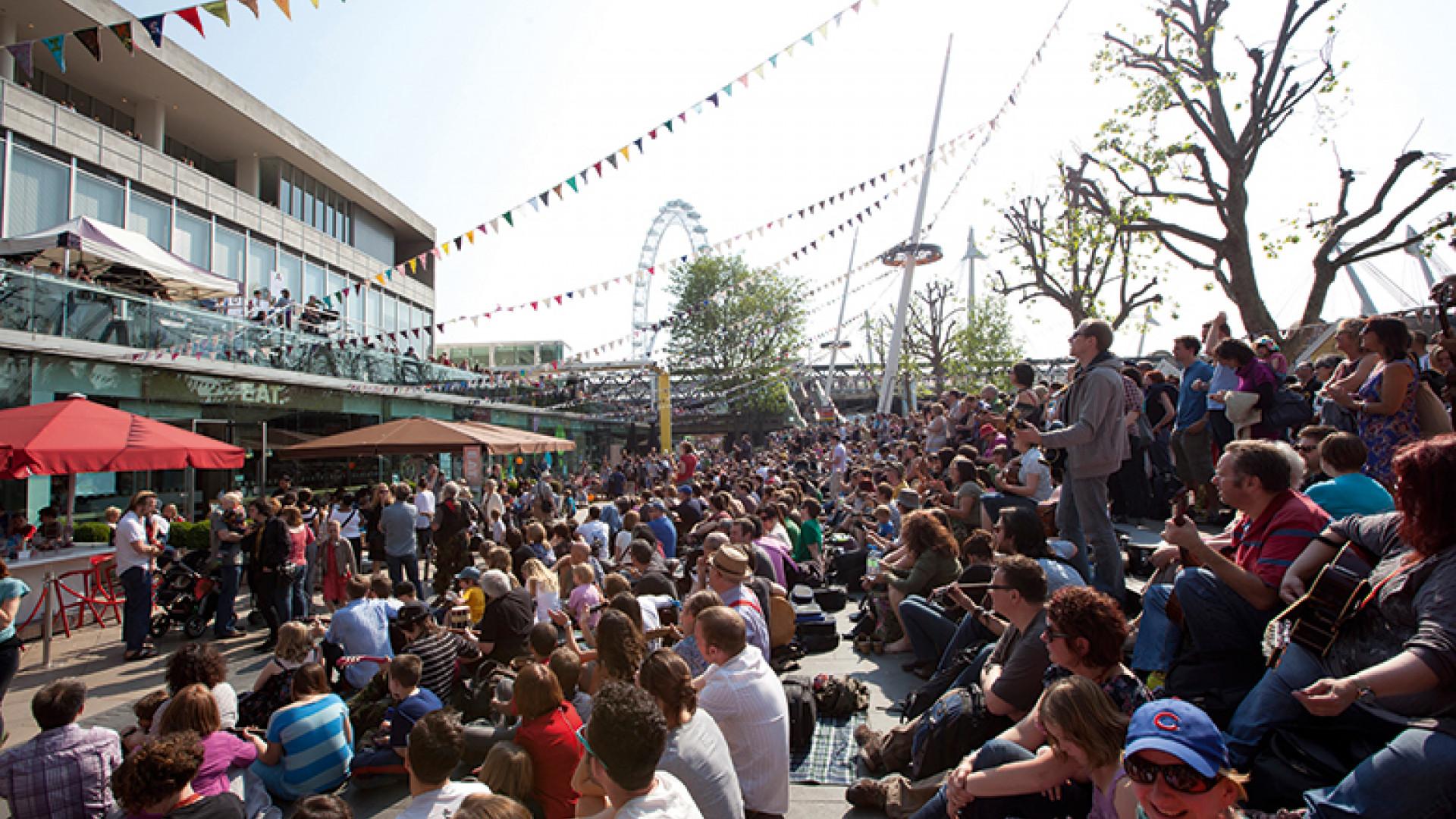 Crowd-at-Southbank-Centre_Credit-Belinda-Lawley