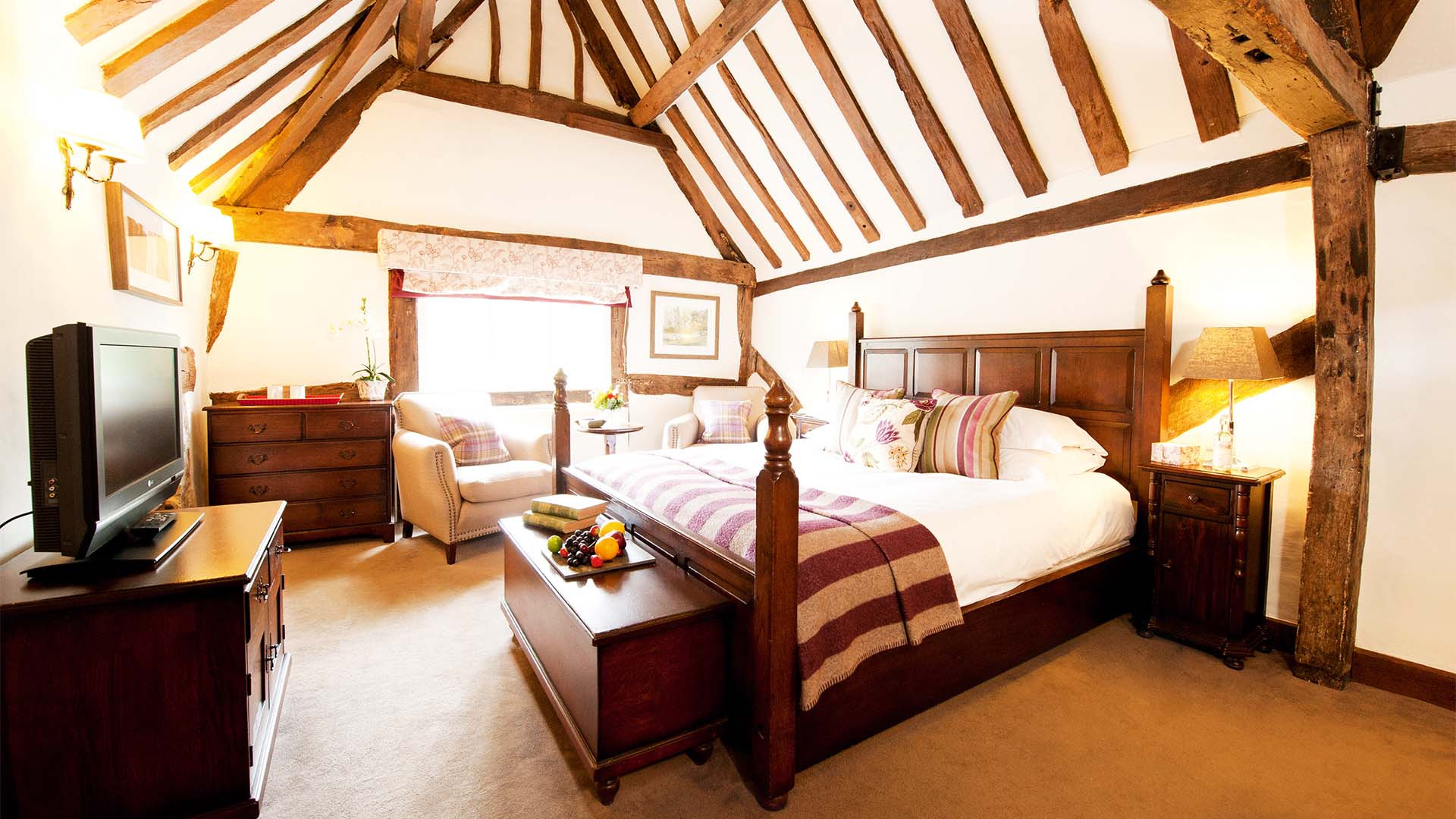 Luxury en-suite room in charming Cotswold B&B