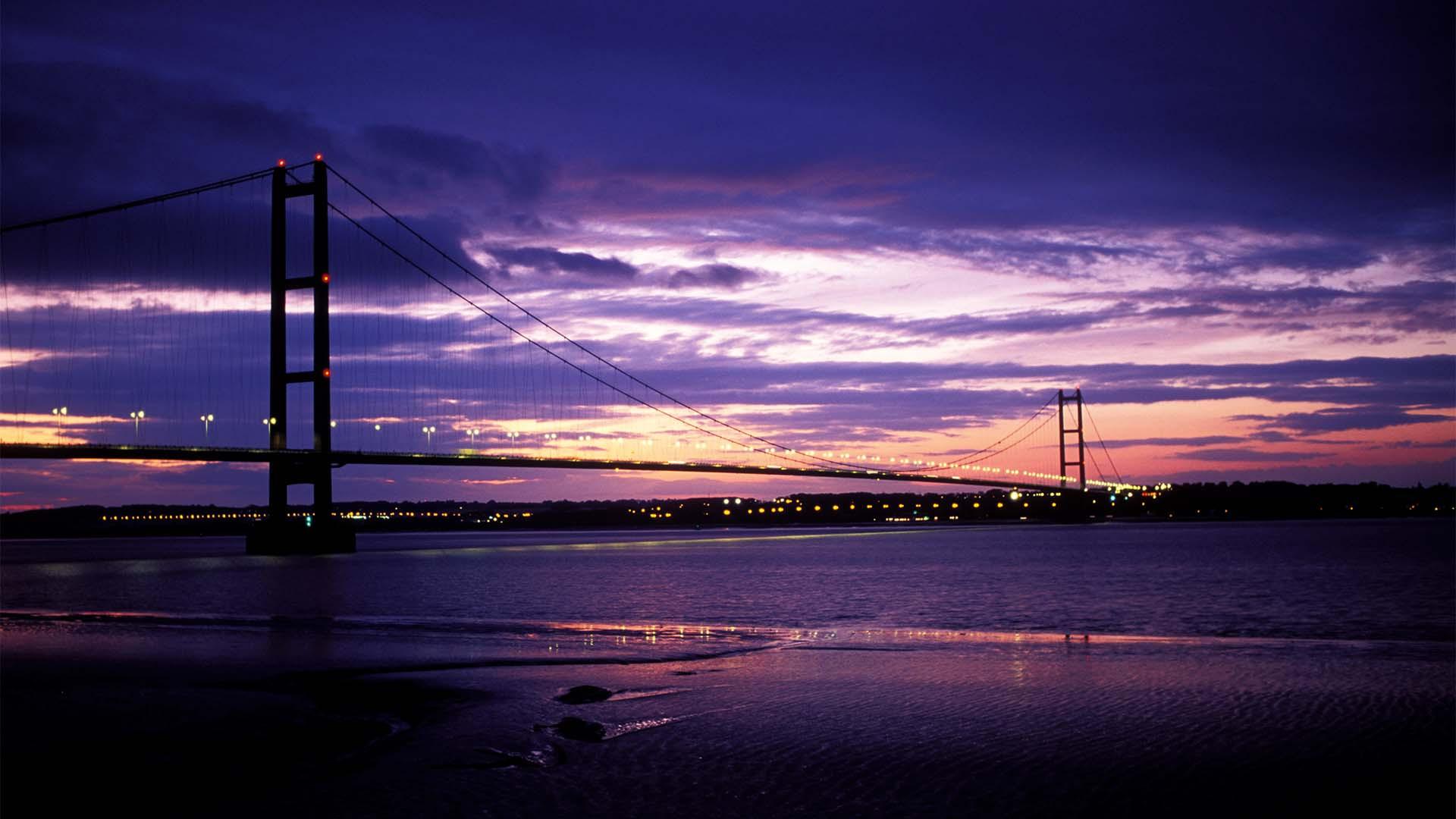 A photograph of Humber Bridge in Hull, at dusk.
