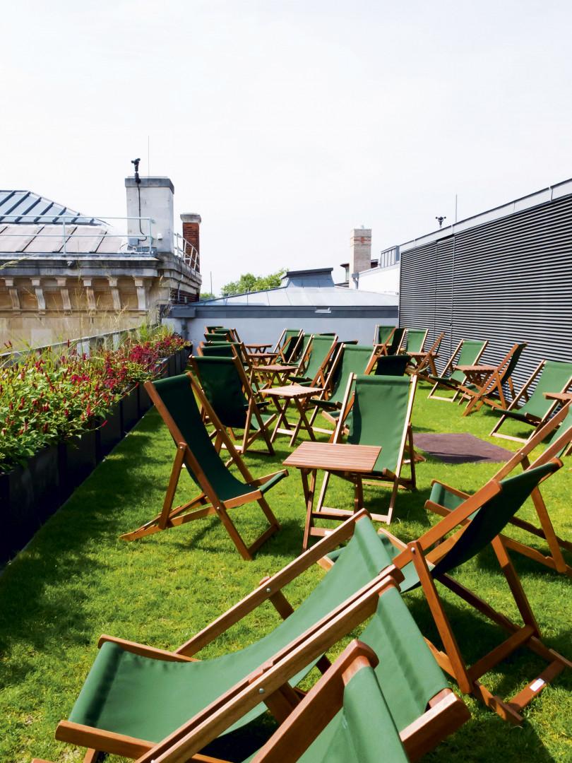 Deck chairs on the Ashmolean terrace