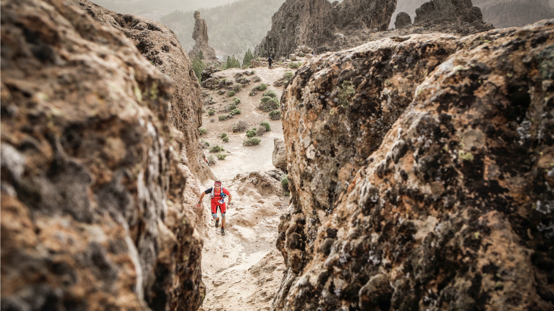 Pro runner in Gran Canaria race