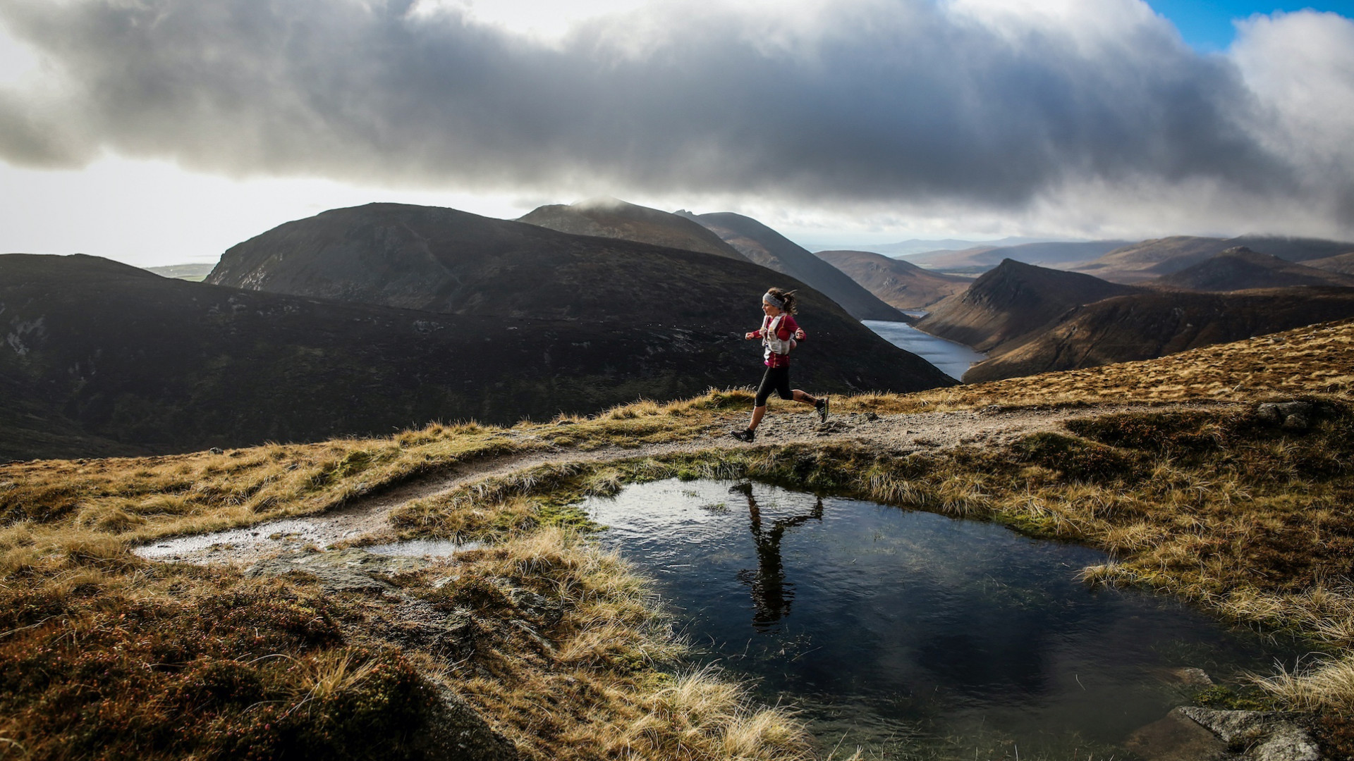 Lizzie Wraith striding out in the Mourne Mountains