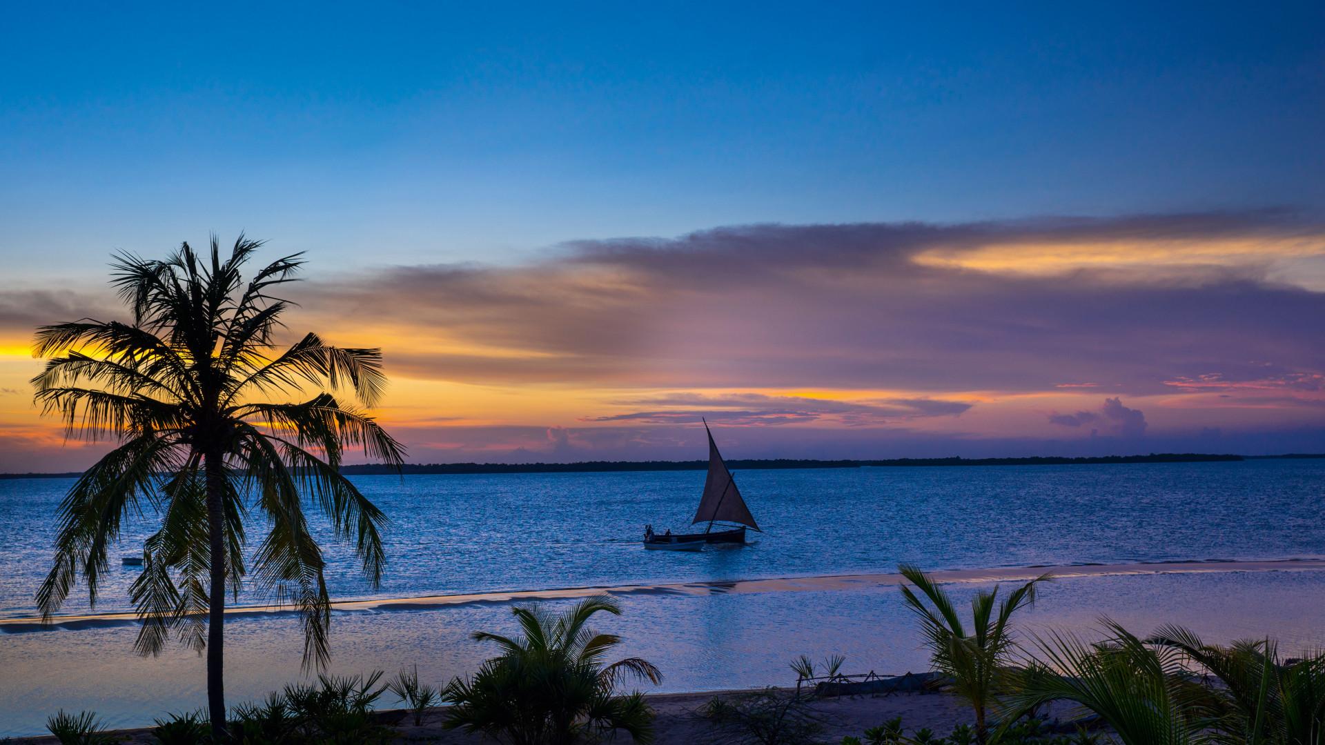 A Kenyan beach at sunset