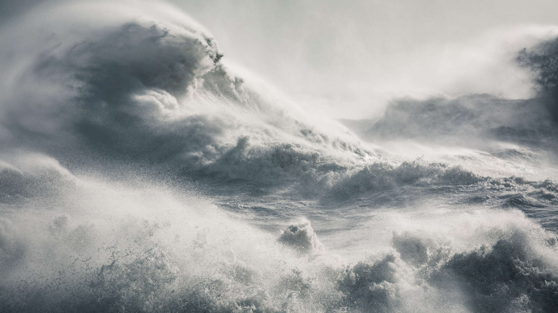 Extreme seas during Storm Imogen in UK