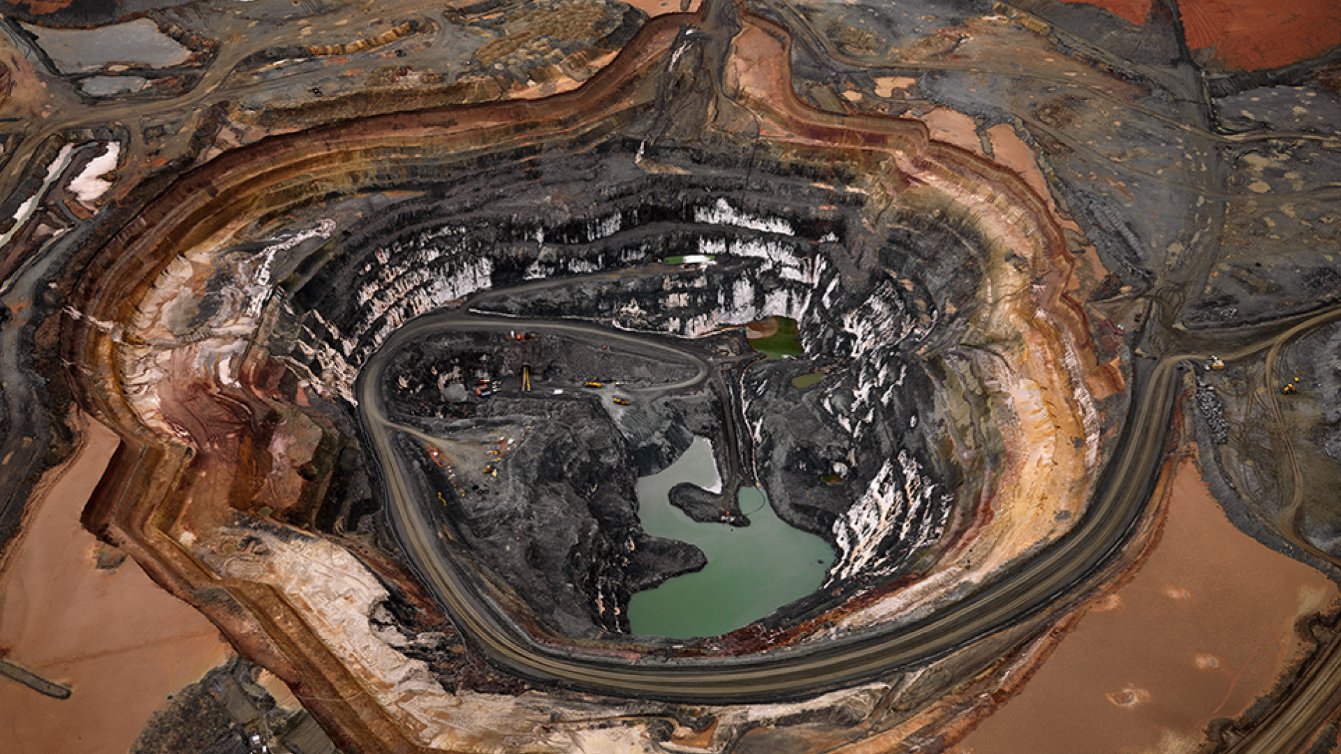 Gold mine in Australia from above