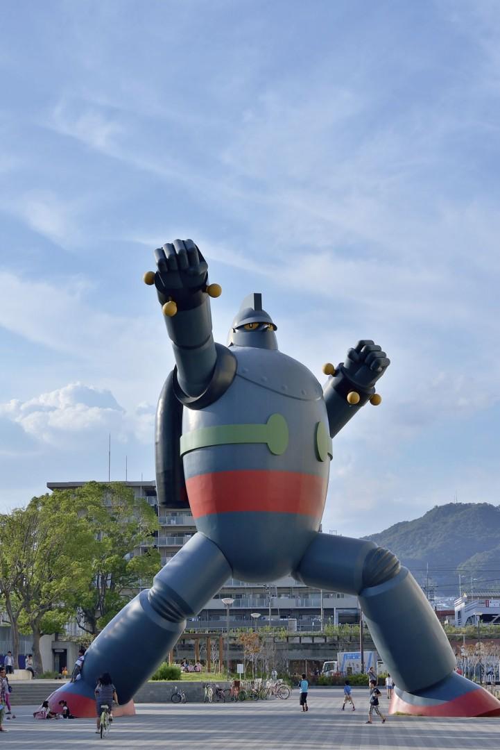 Gigantor Gundam statue in Kobe, Japan