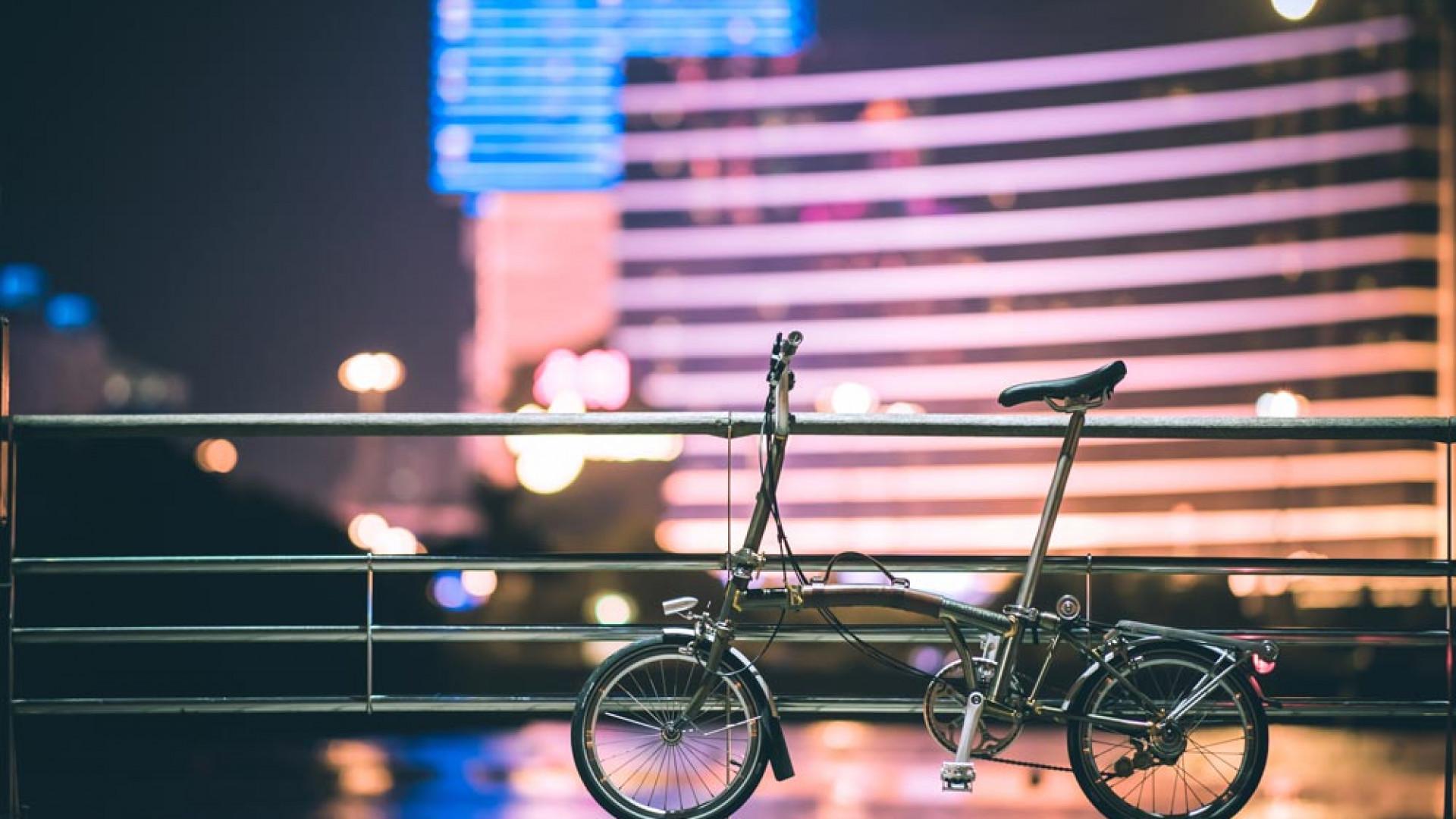 Brompton bike on a bridge from #myunseencity