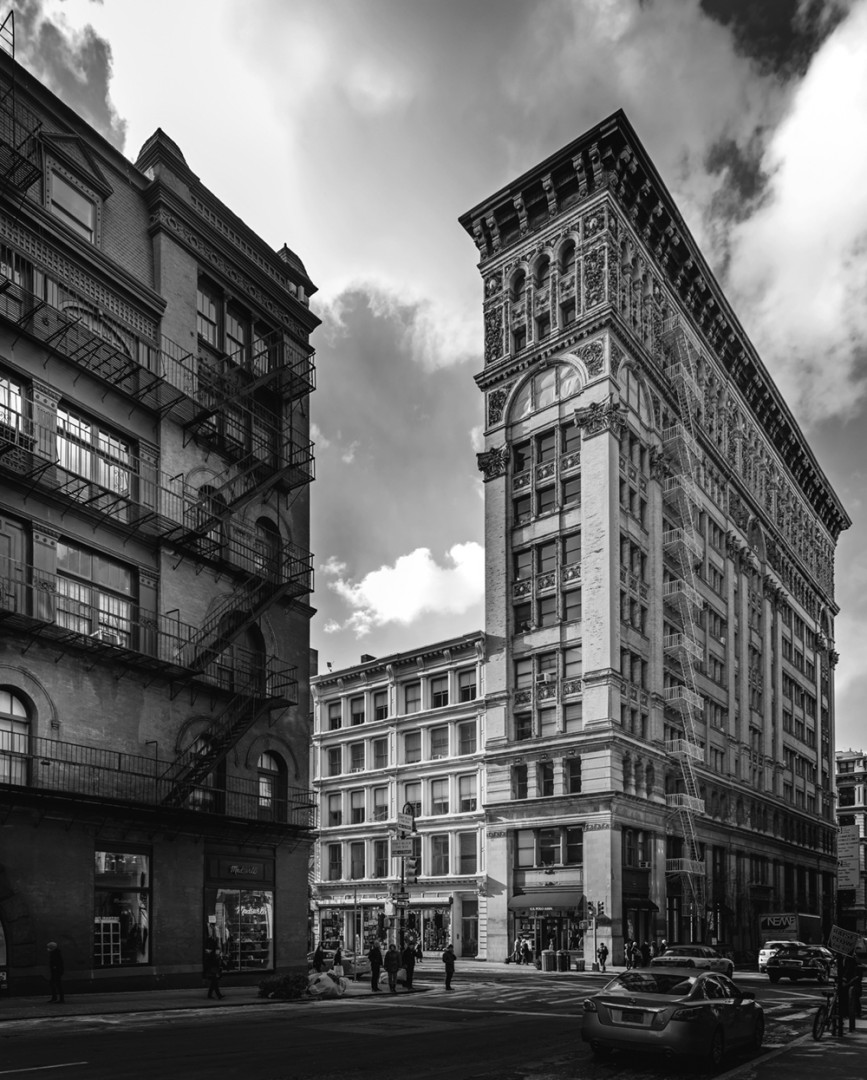 East side street scene, New York in black and white by Serge Ramelli