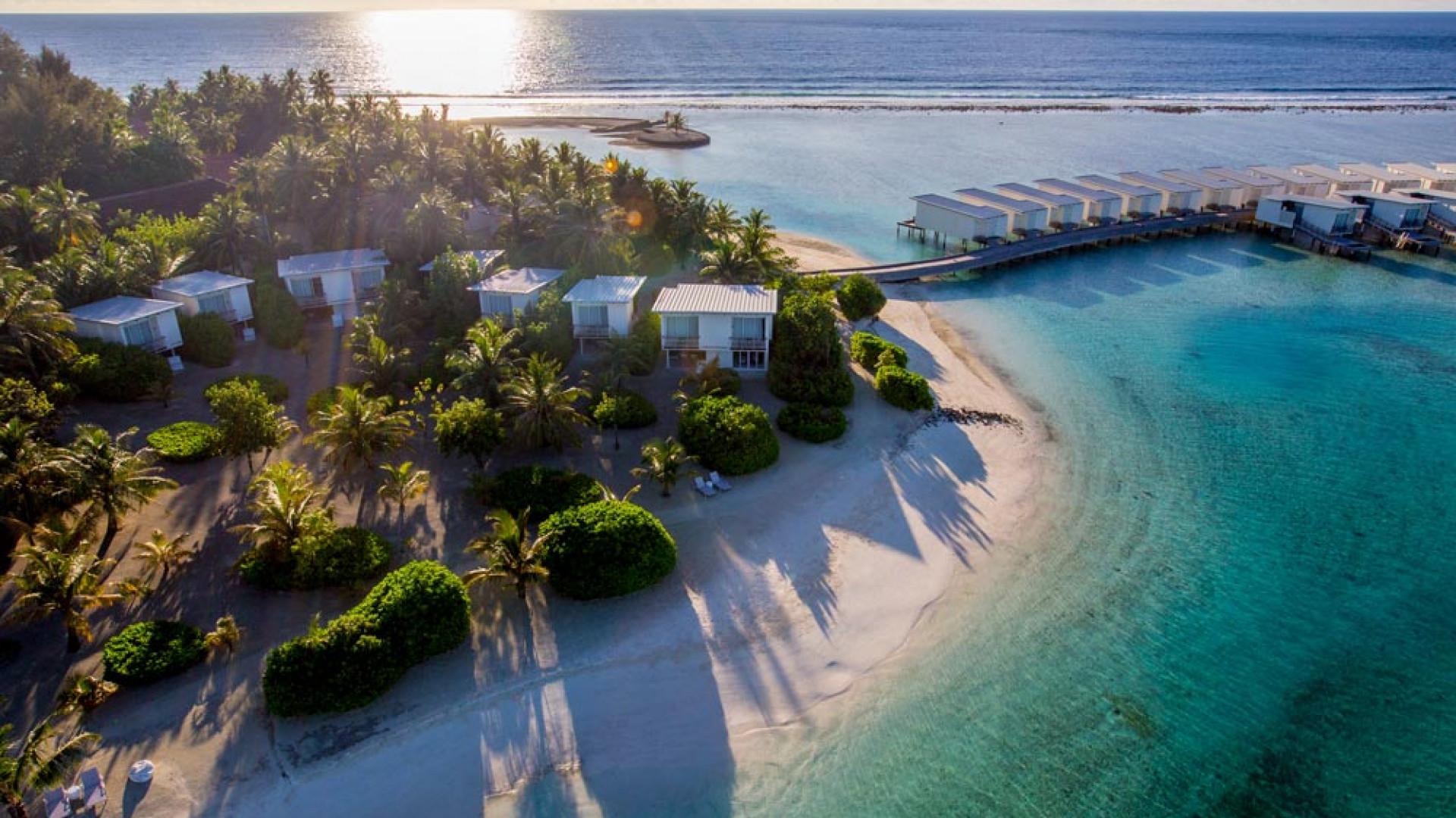 Aerial view of Holiday Inn Kandooma Maldives