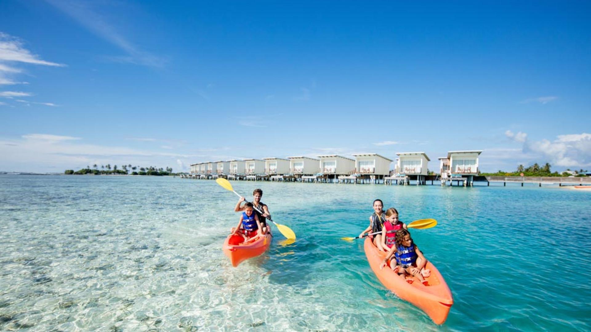 Kayaking at Holiday Inn Kandooma Maldives