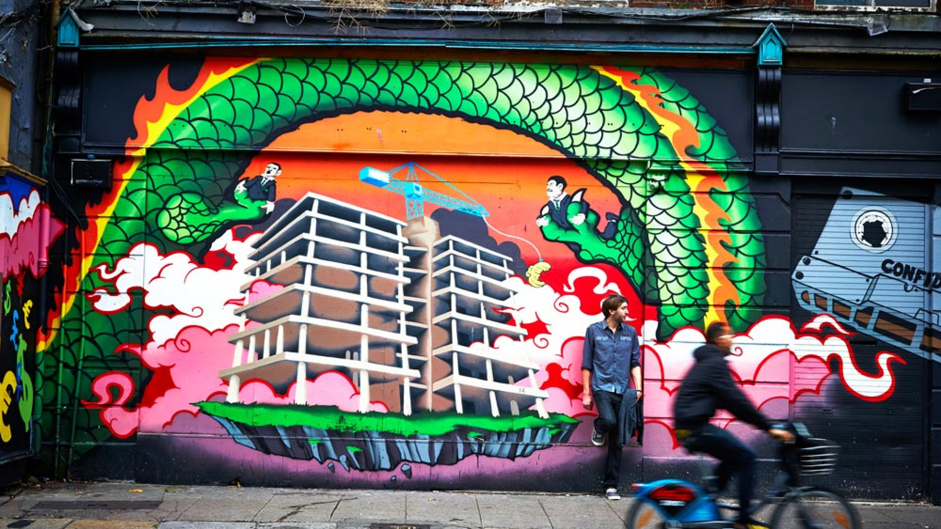 Street art Temple Bar Dublin