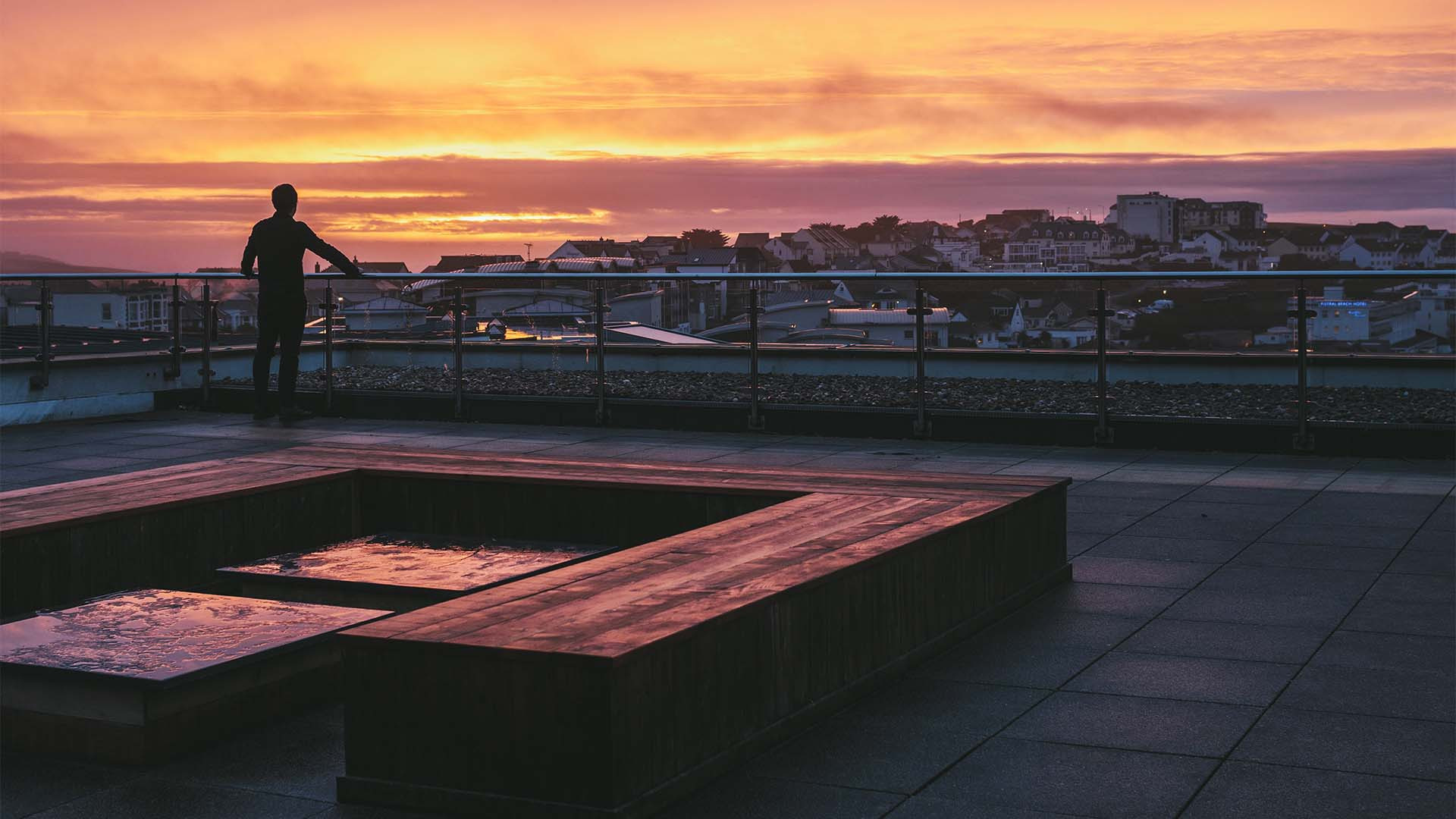 Roof terrace at Tregulland & Co Pentire Penthouse, Fistral, Cornwall
