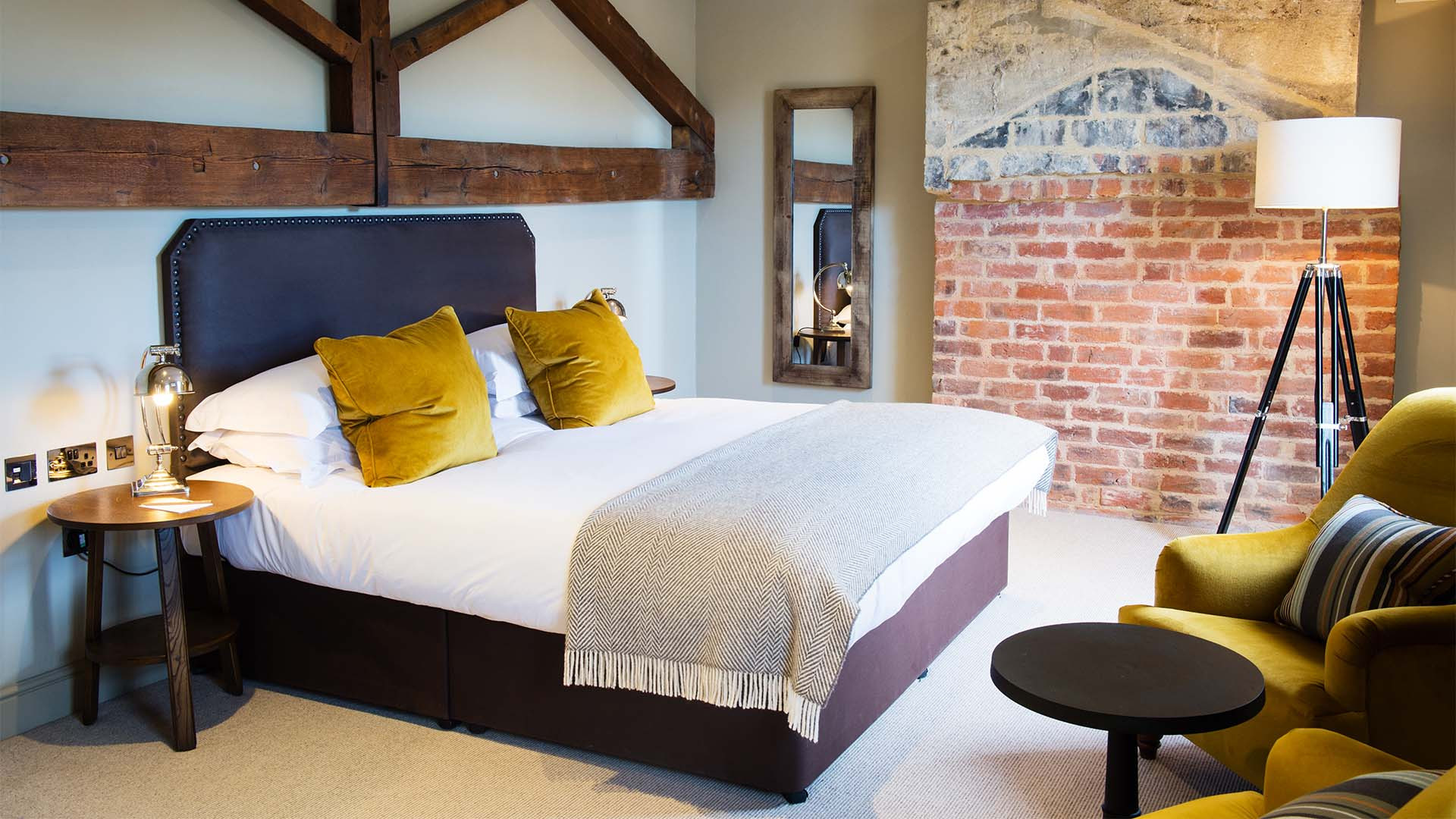 Bedroom at The Kings Head Cirencester
