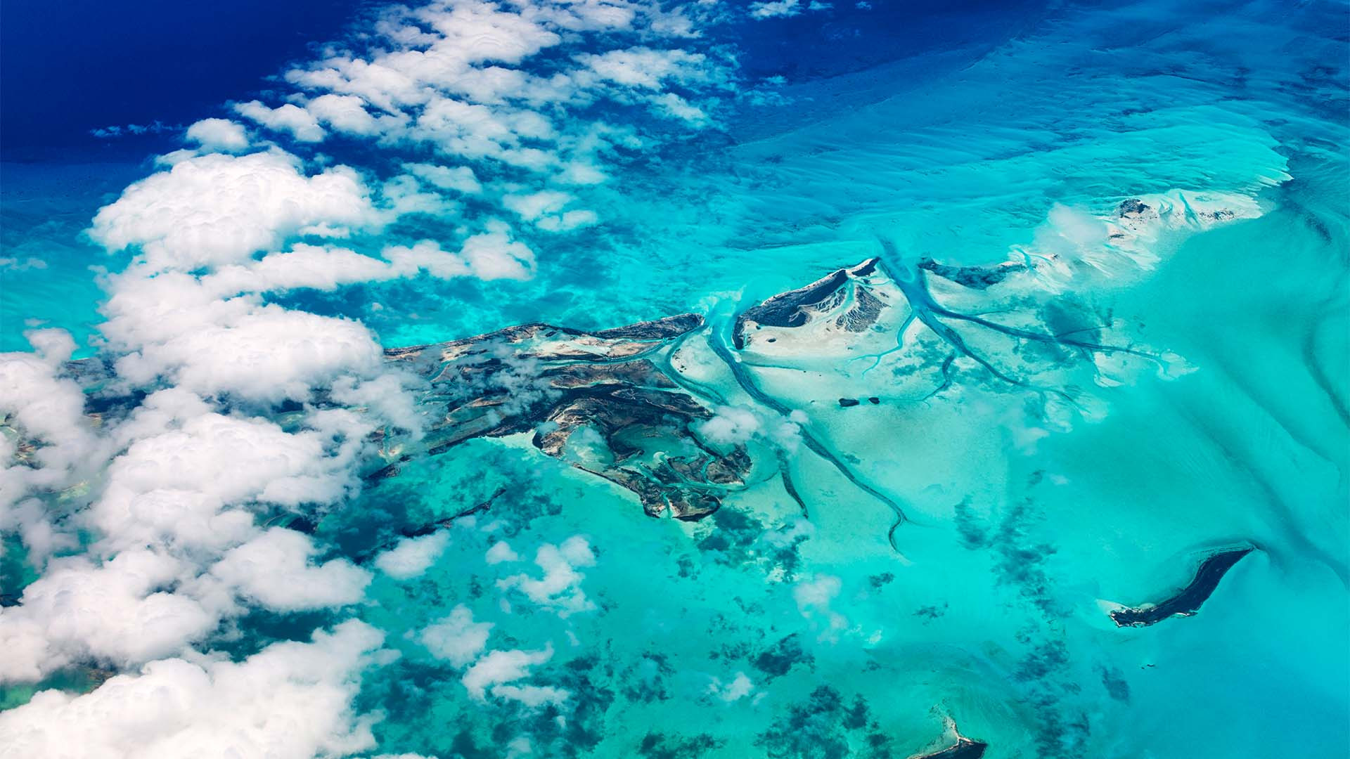 The stunning blue water surrounding The Bahamas