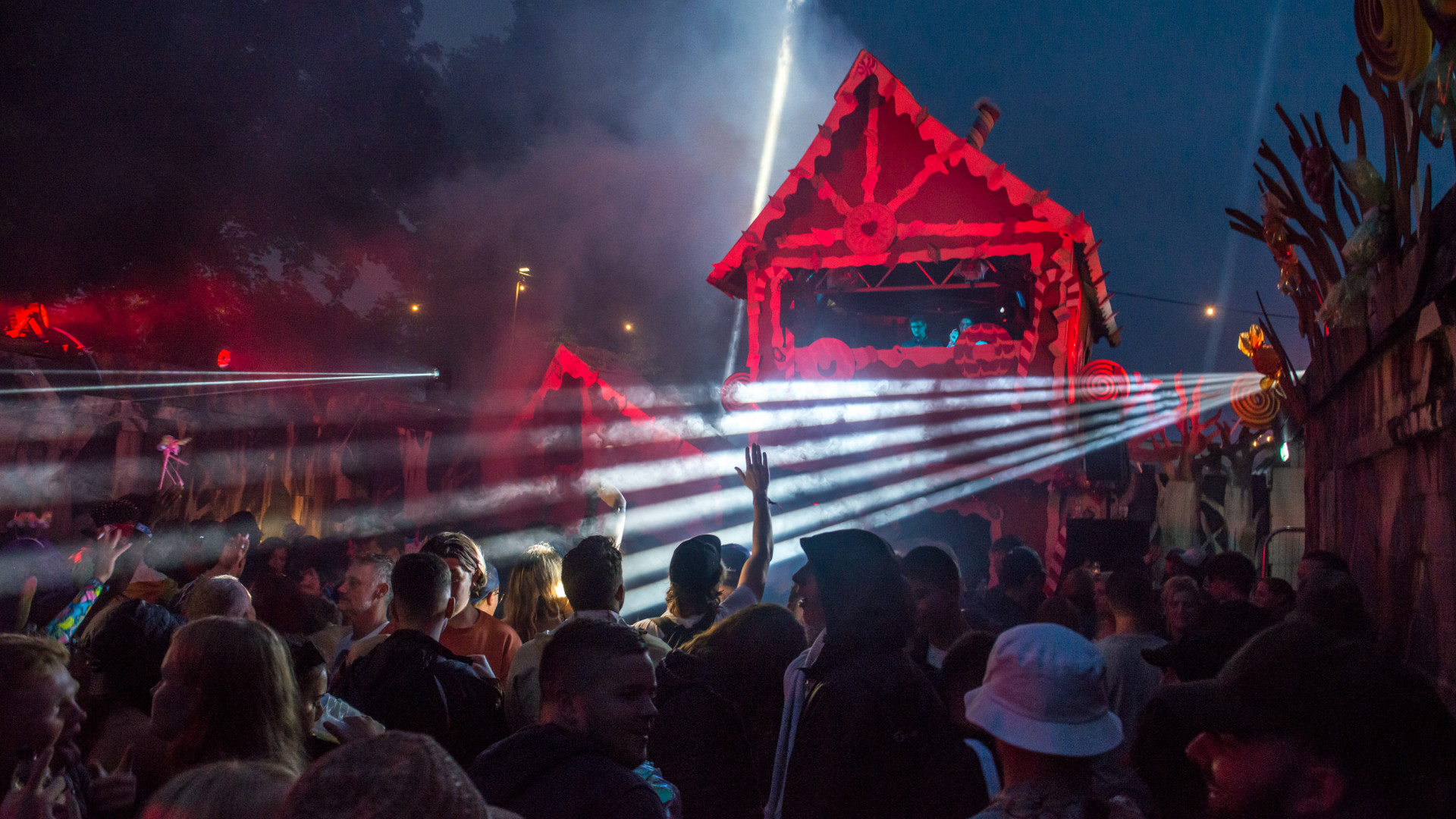 The Cowshed stage decorated as a gingerbread house at Standon Calling 2017