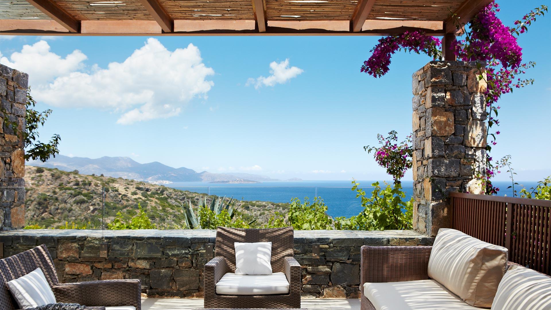 Daios Cove resort in Crete