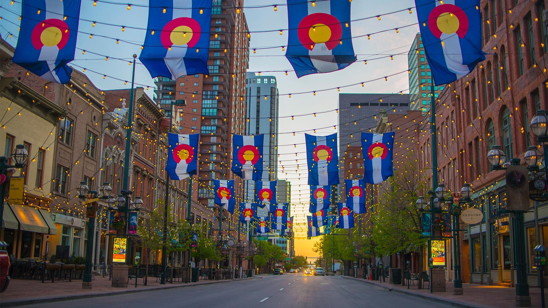 Larimer Square – Denver's prime eating and shopping destination