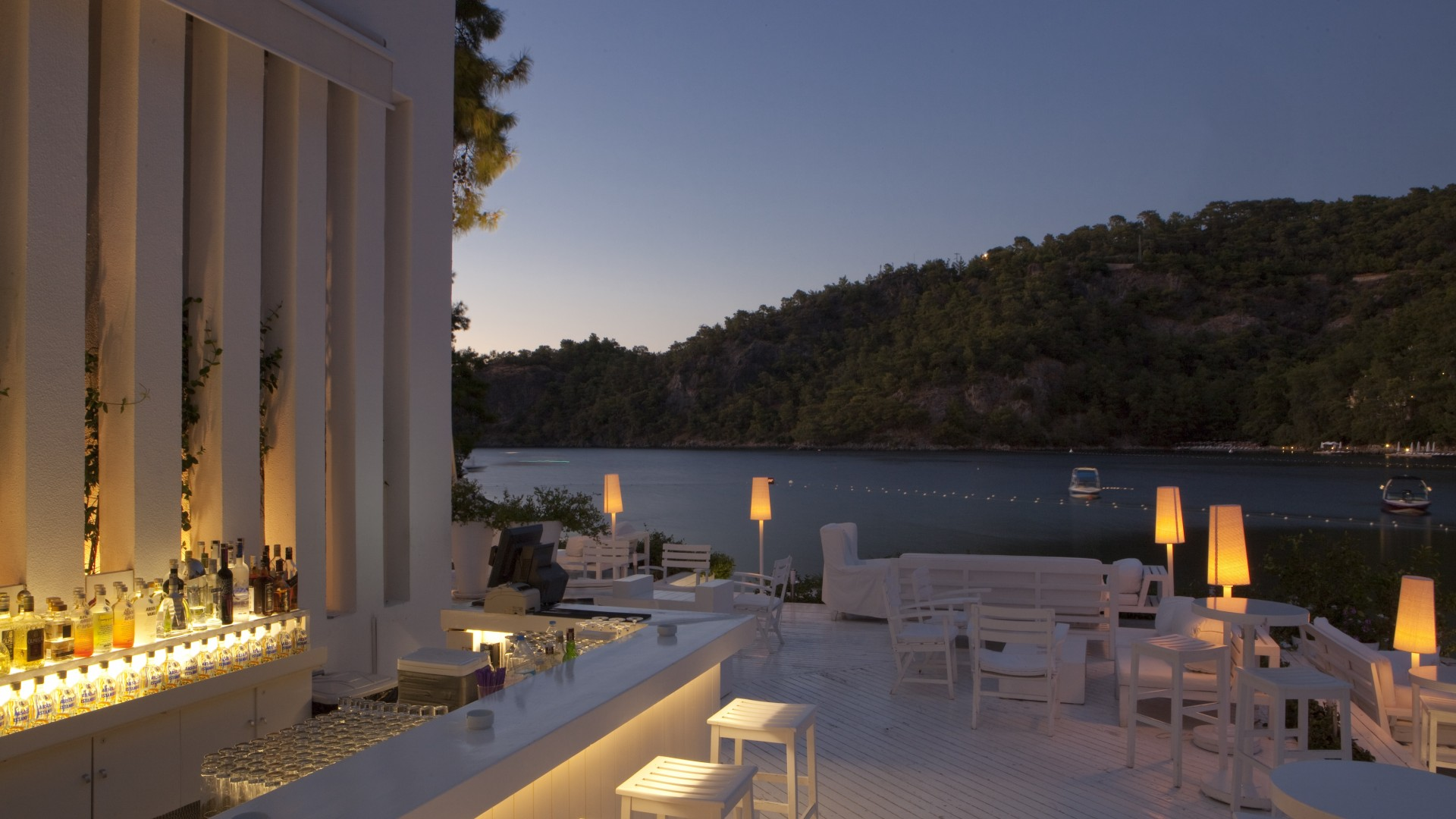 Outdoor dining at Hillside Beach Club luxury resort