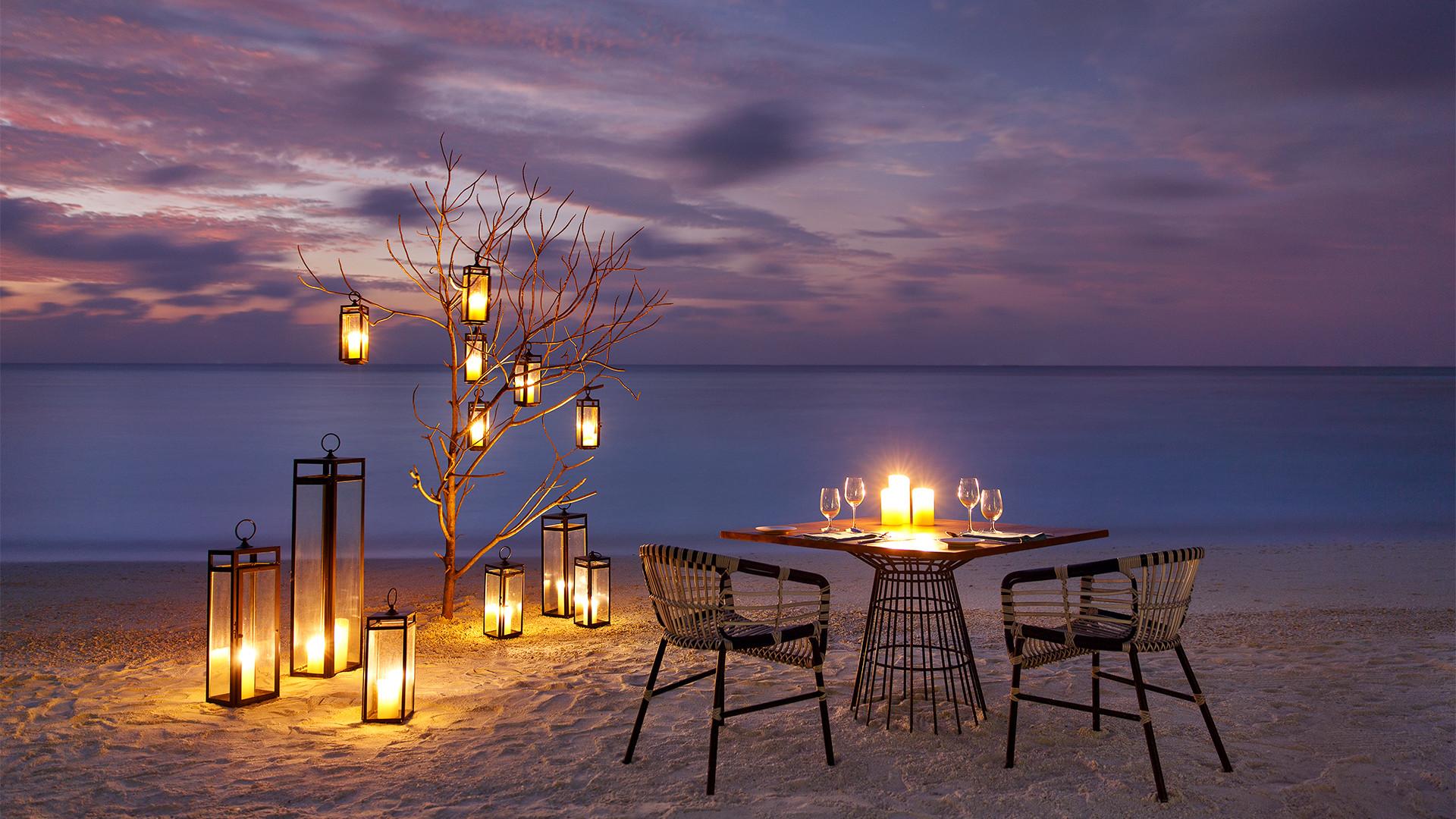 Dine on the beach at Kandima
