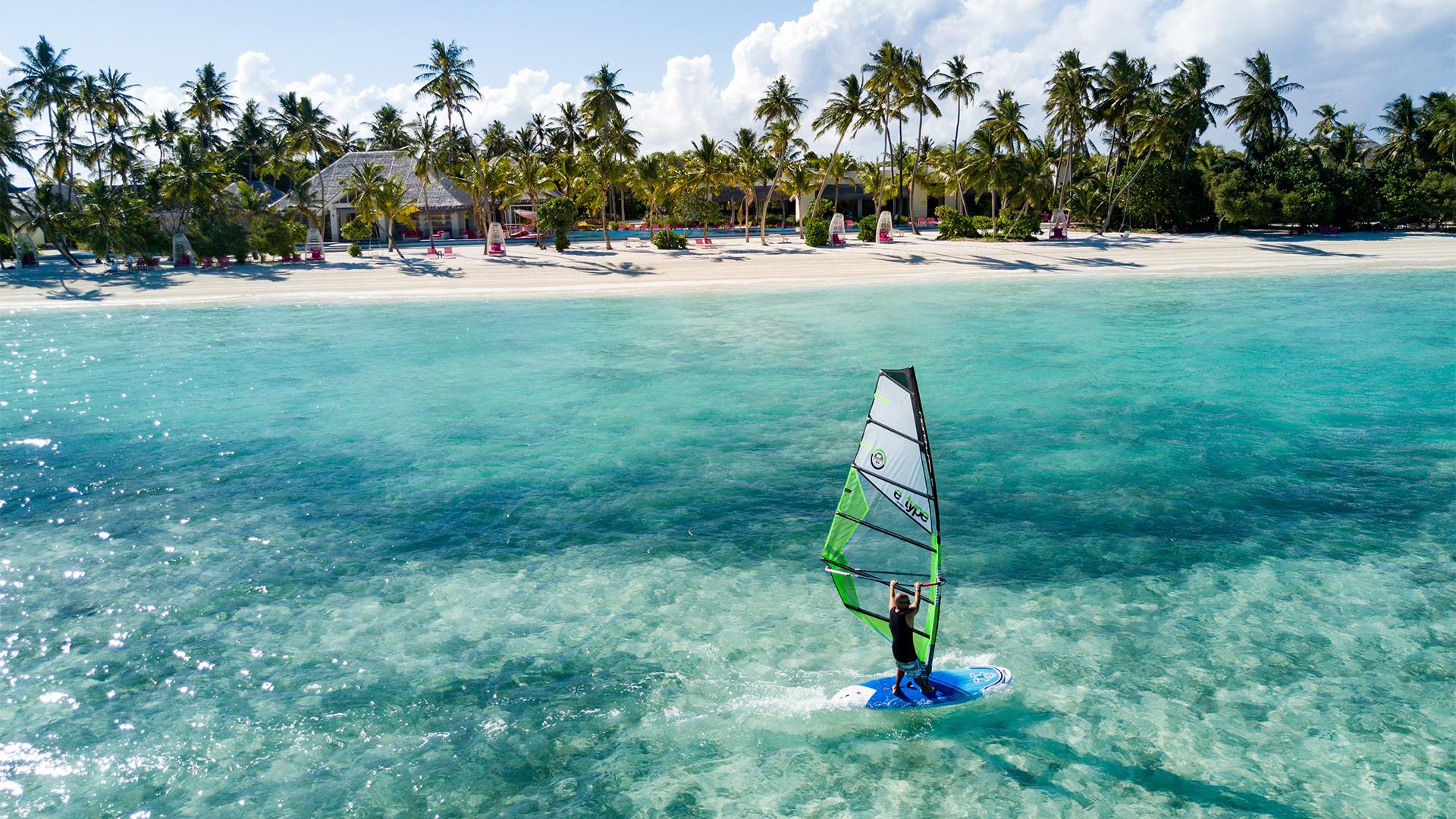 Active escapes at Kandima Maldives