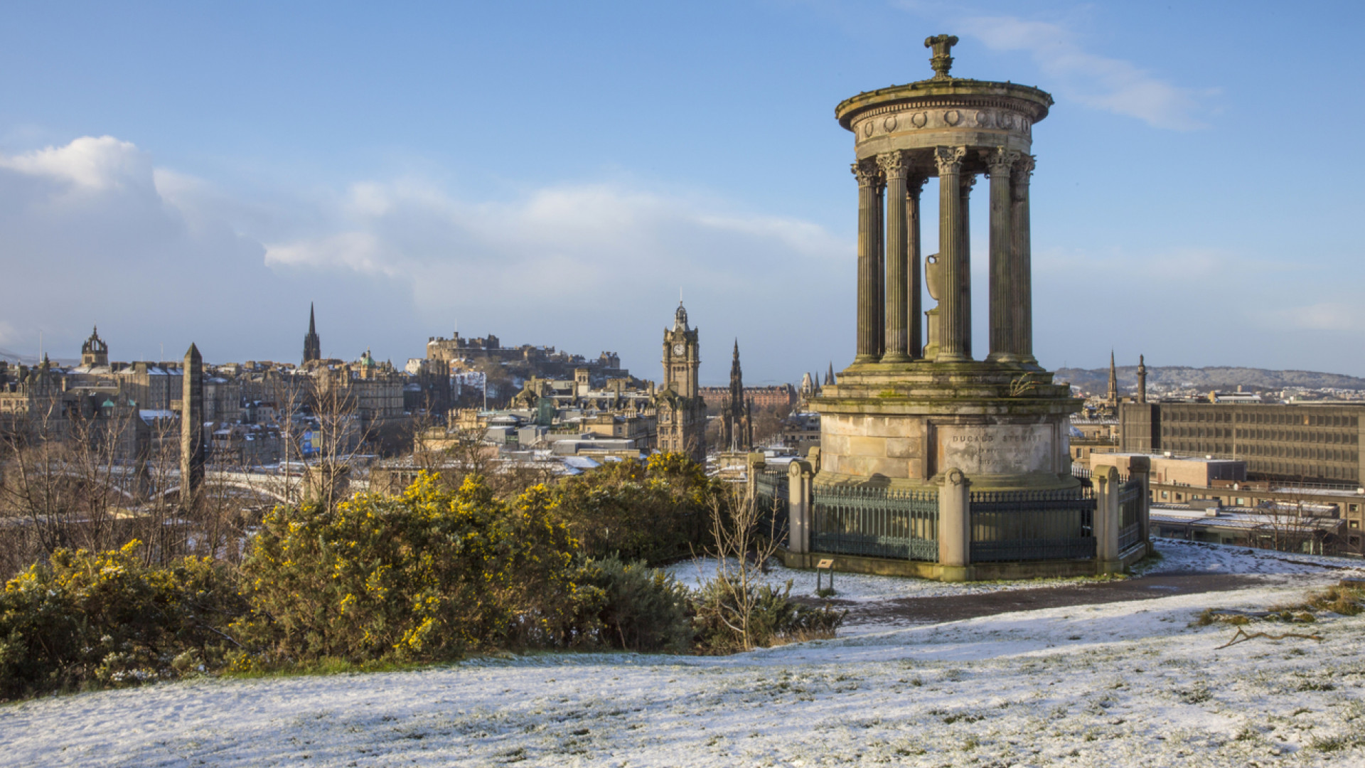 Edinburgh's skyline, taking in view of the Castle, Princes street & the Dugald Stewart Monument in the foreground