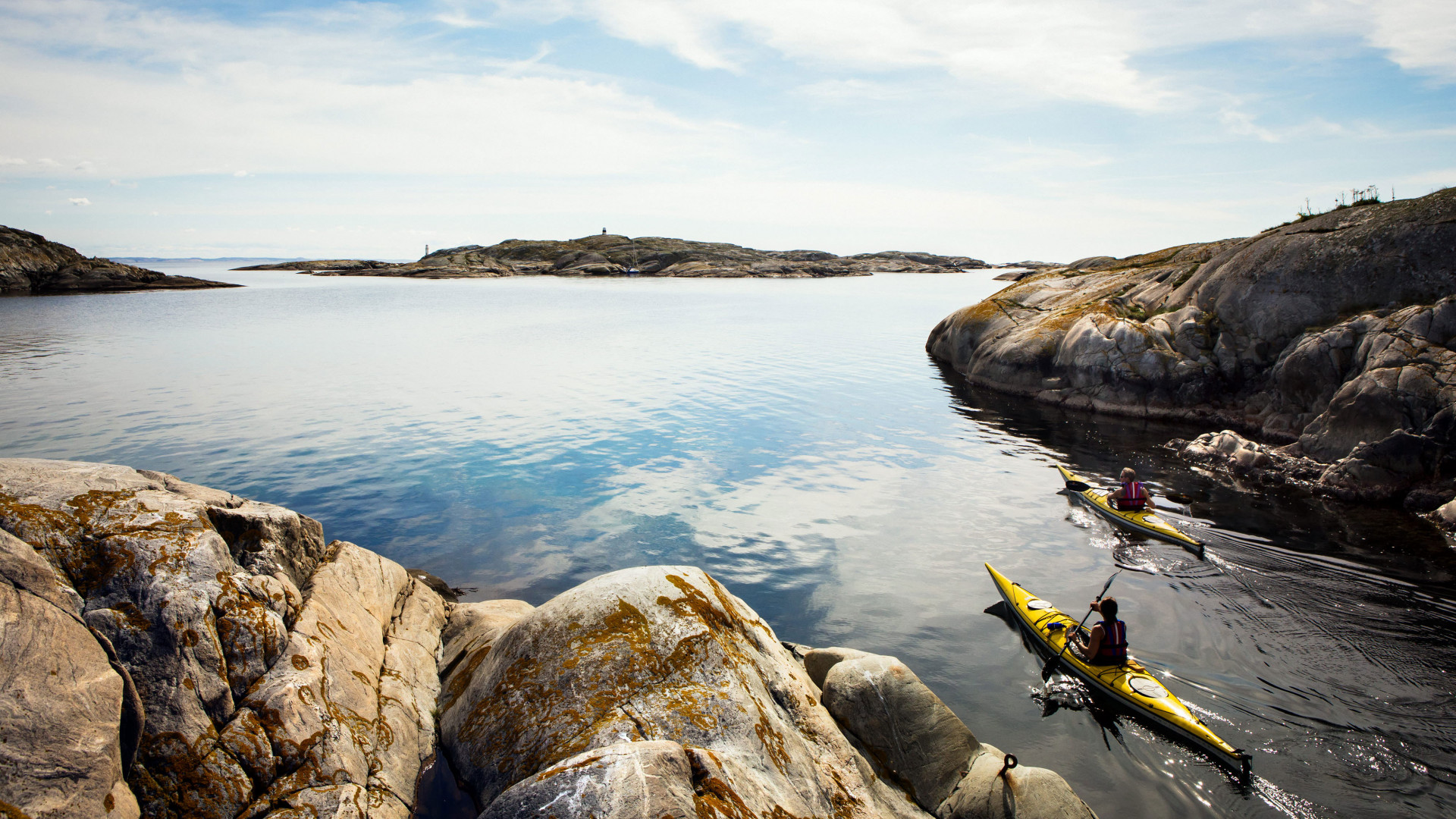 Kayaking in the Weather Islands, West Sweden