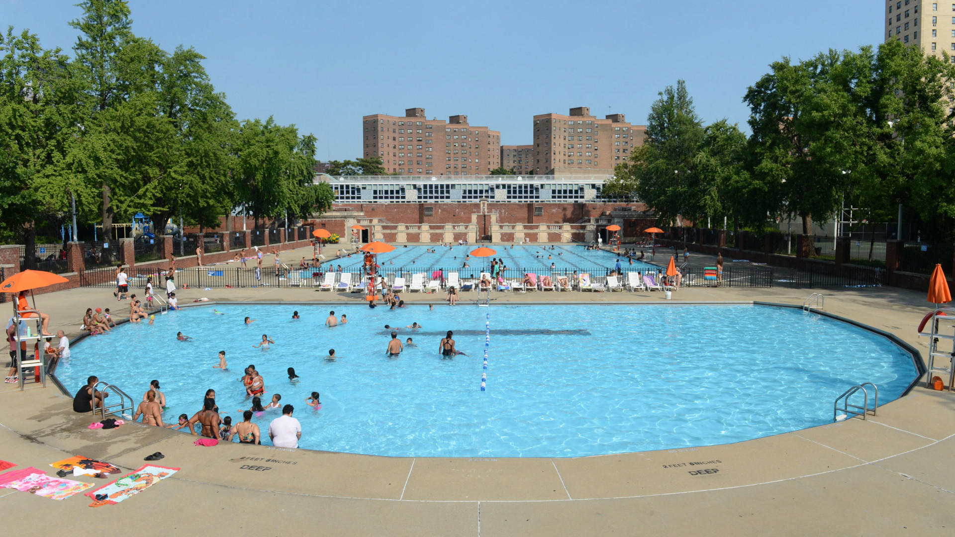 Hamilton Fish outdoor pool, New York City