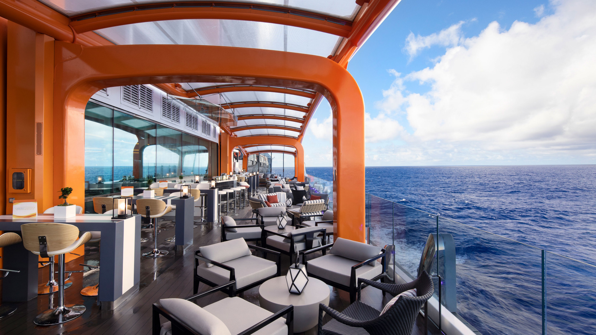 Celebrity Cruises: Celebrity Edge's Magic Carpet
