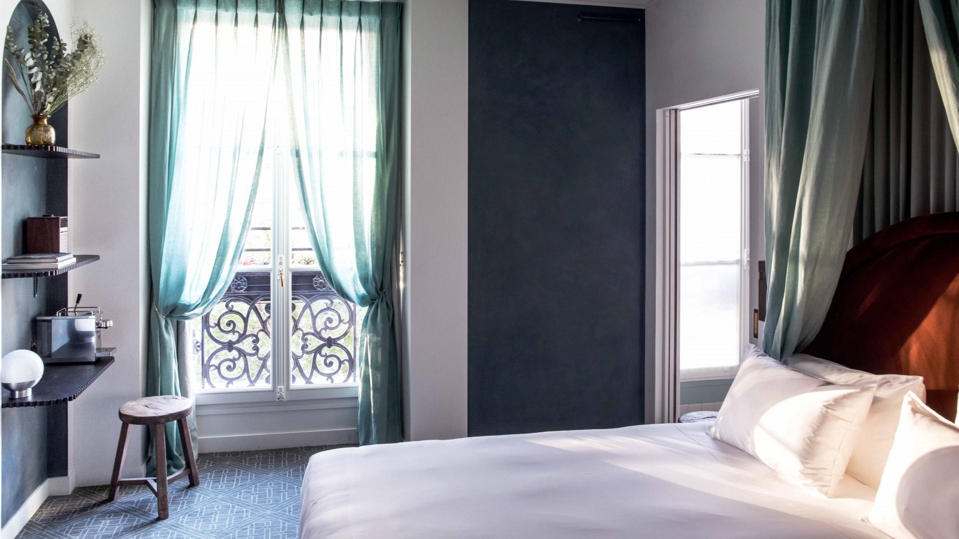 Sentier, Paris: Bedrooms at Hotel Des Grands Boulevards