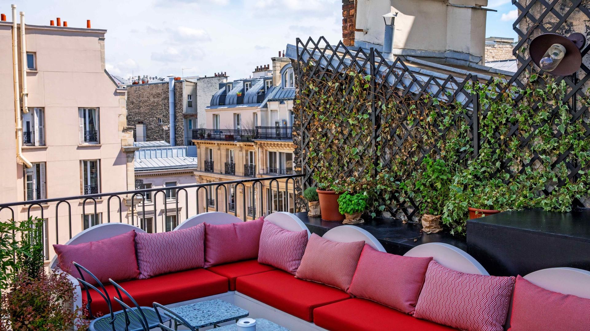 Sentier, Paris: The outdoor terrace at Hotels Des Grands Boulevards